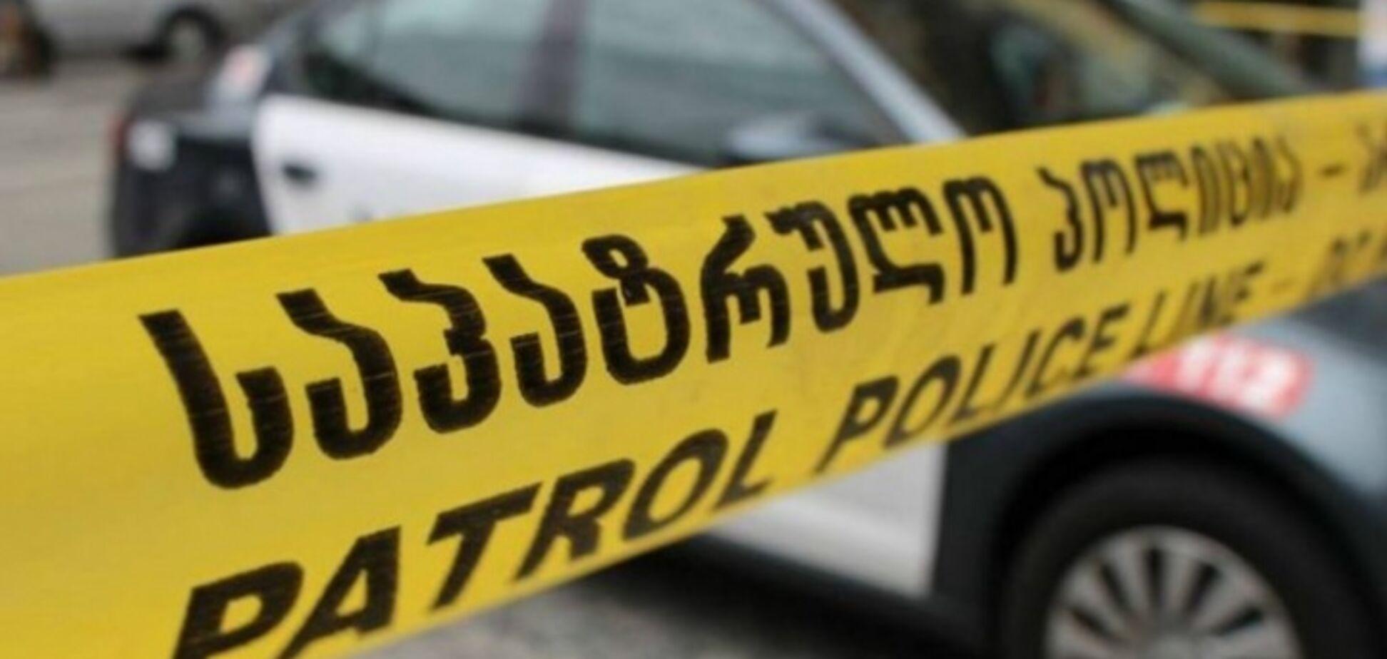 В Тбилиси в отделении банка захватили заложников