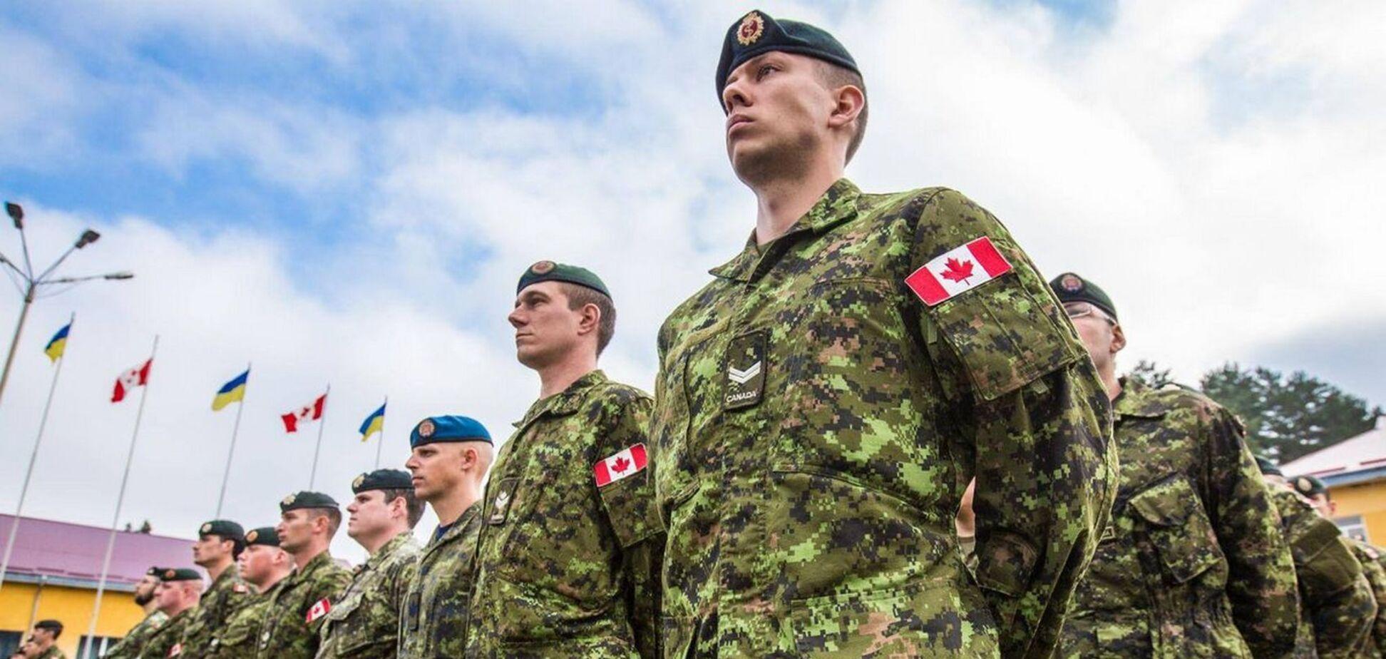 Канада внезапно приостановила миссию военных инструкторов в Украине