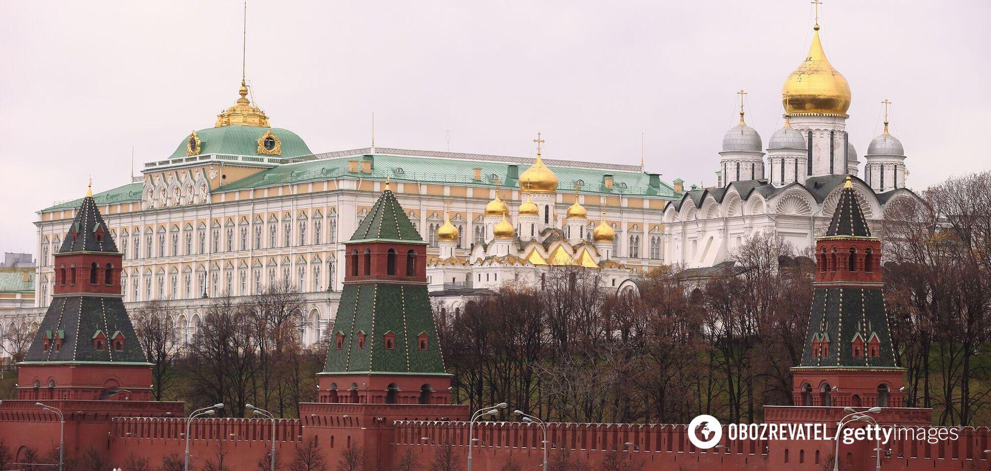 Росія вирішила вислати з країни 20 дипломатів Чехії