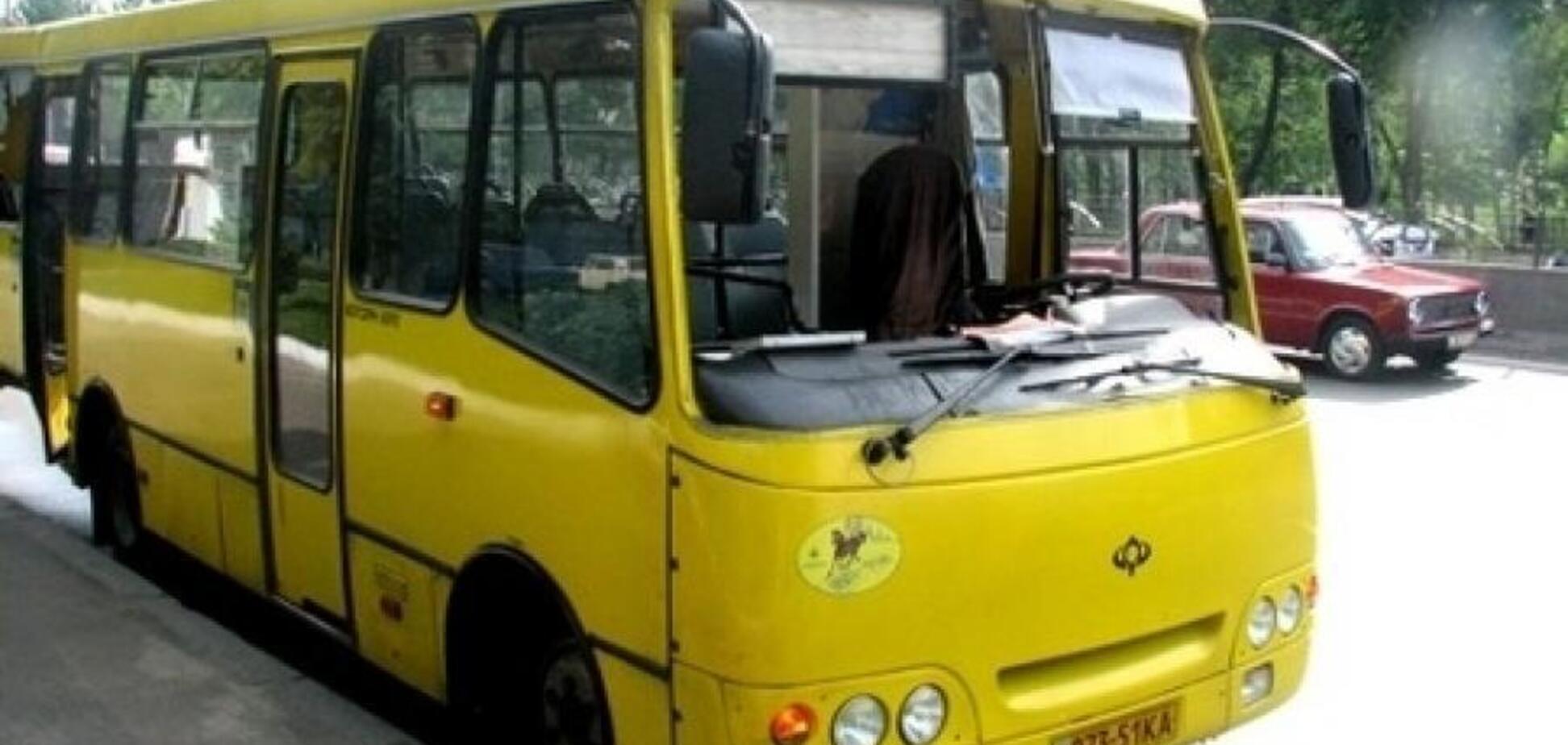 На Чернігівщині чоловік відкрив вогонь по водієві маршрутки