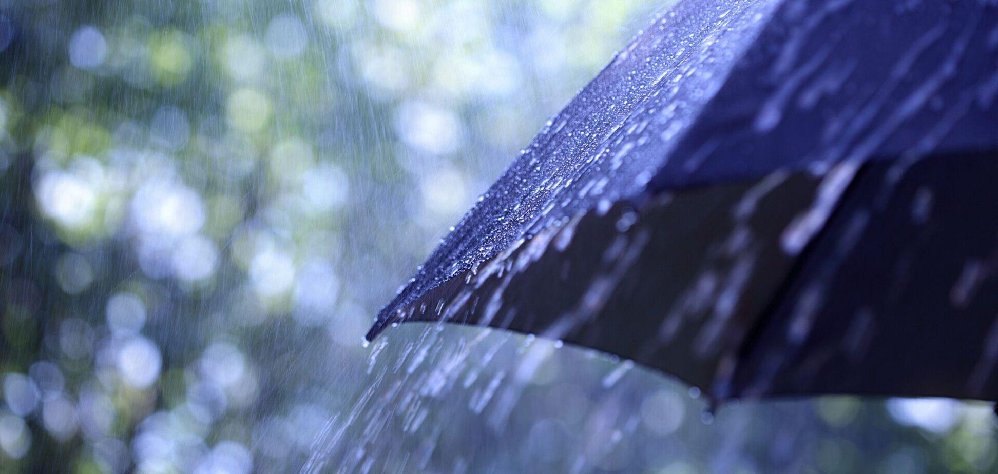 В Україну прийшли дощі та похолодання: прогноз погоди на суботу. Карта