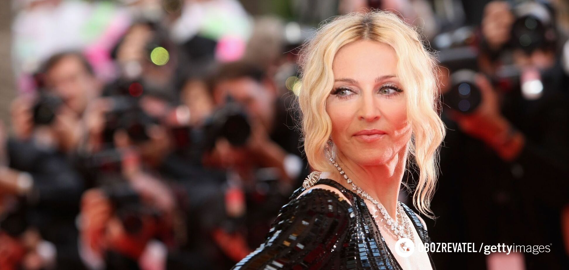 Мадонна выложила пикантное фото