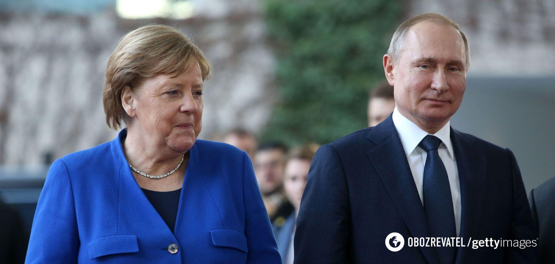 Меркель ушла от ответа, считает ли Путина 'убийцей'