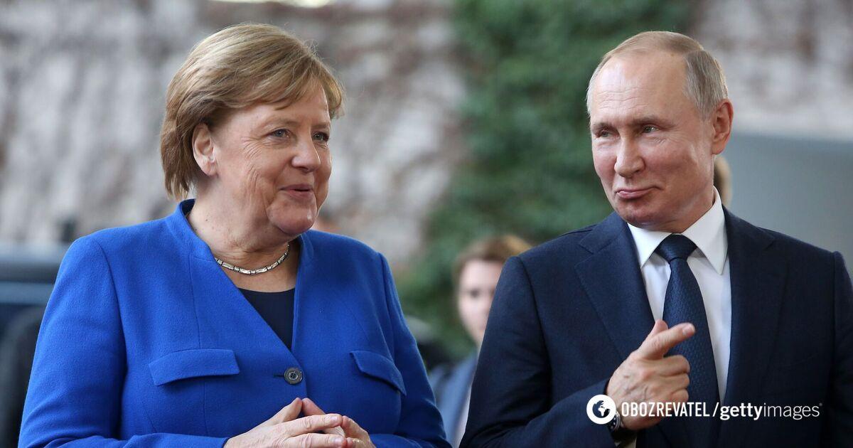 Меркель ушла от ответа, считает ли Путина ''убийцей'', но раскритикова