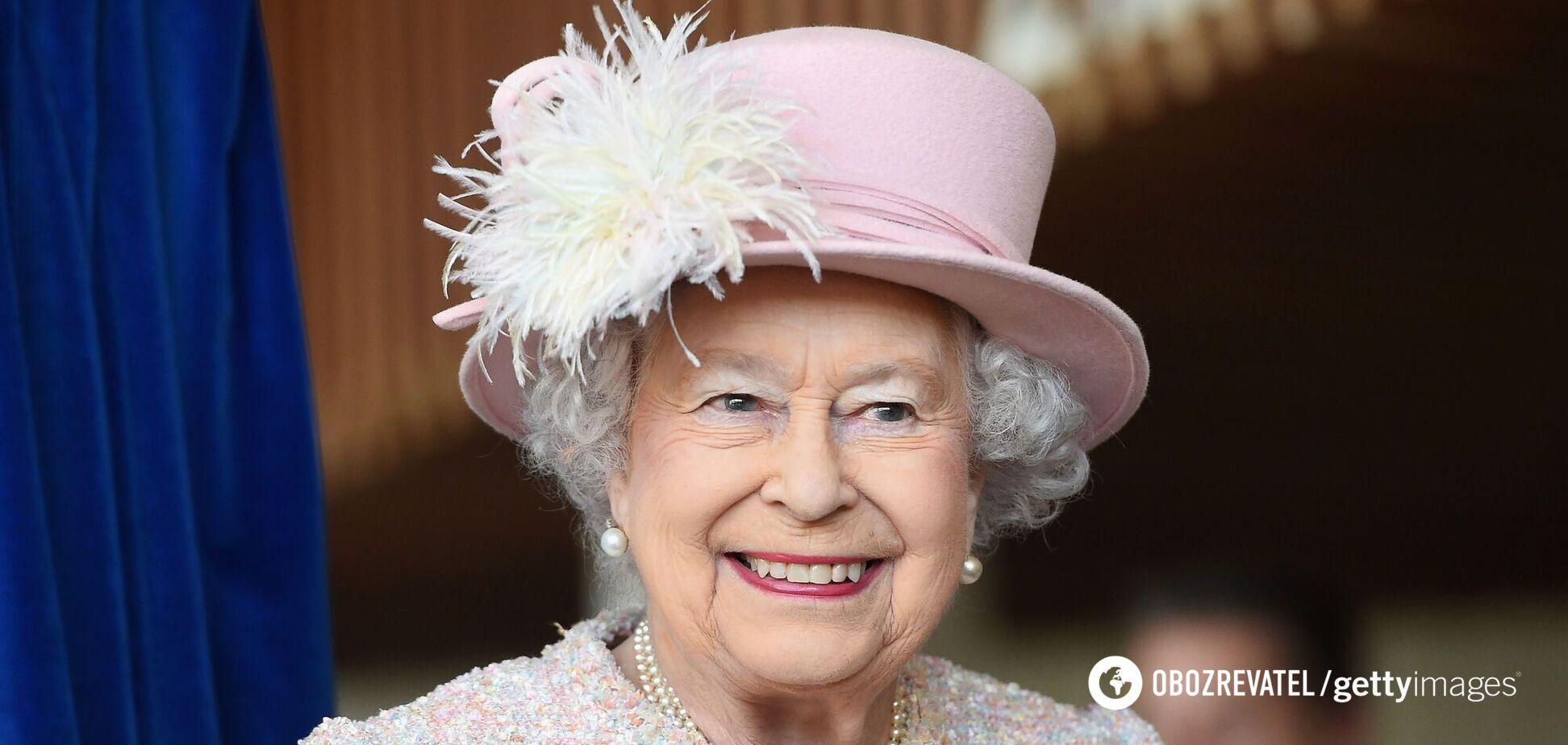 В сети показали фото Елизаветы II, сделанное за несколько месяцев до ее коронации
