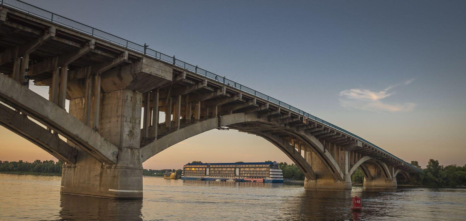 У Києві відреставрують міст Метро за 60 мільйонів євро: з'являться велодоріжки та підсвічування