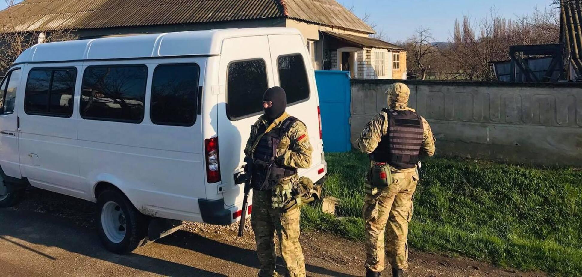 Обыск у крымского татарина