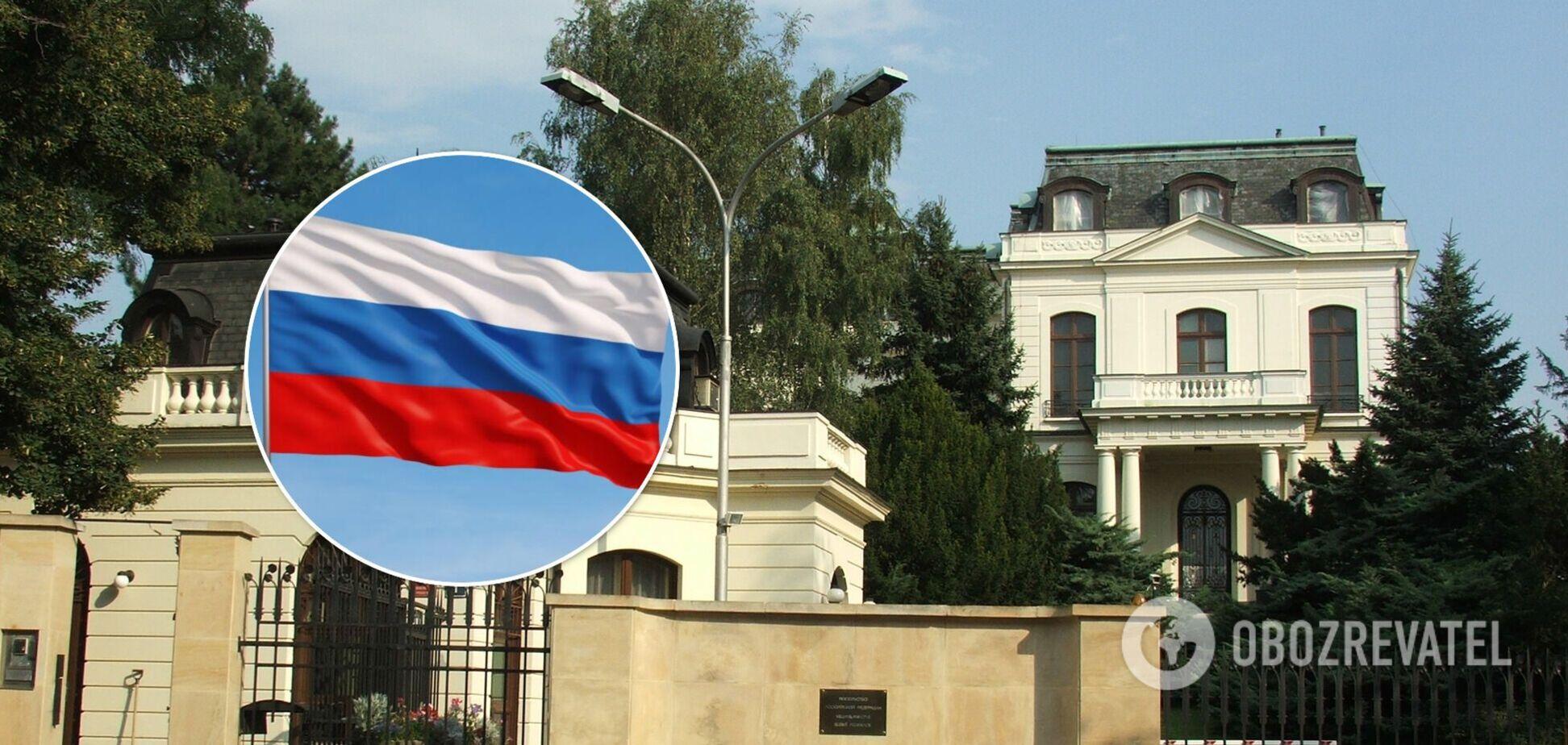 Чехія оголосила про висилку 70 співробітників російського посольства