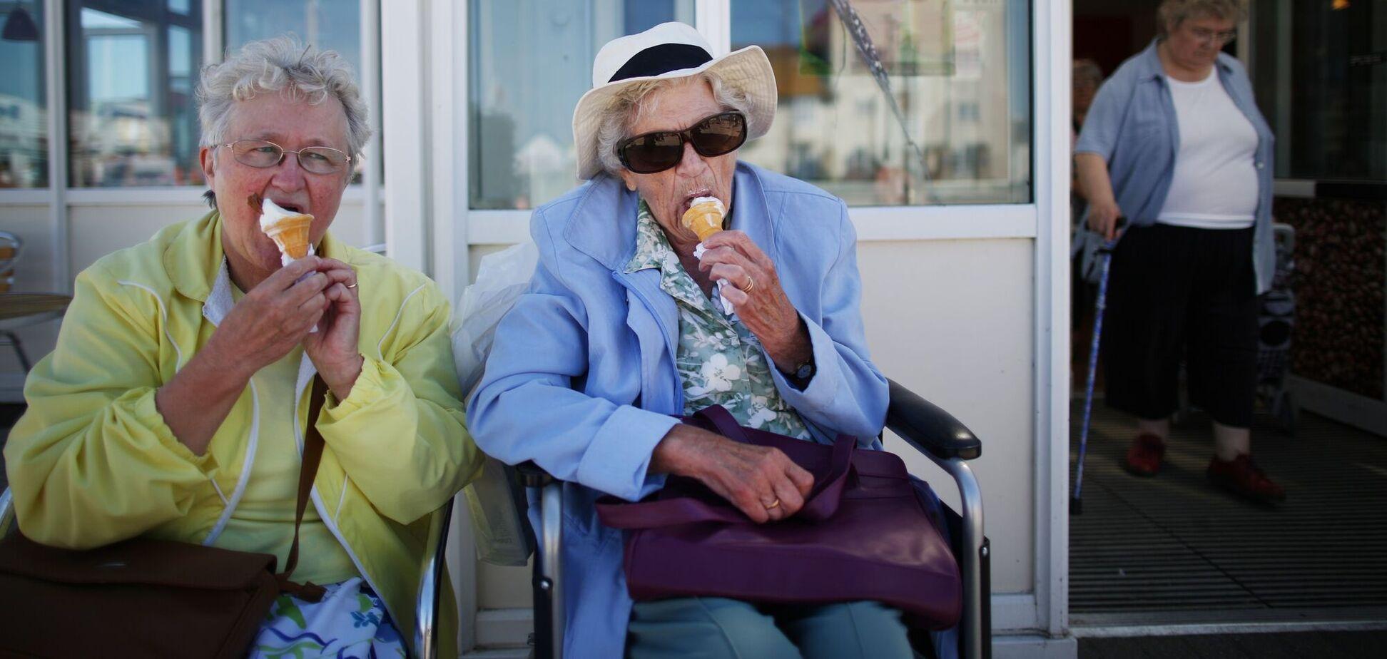 Вчені знайшли три вікові точки, коли відбувається старіння організму