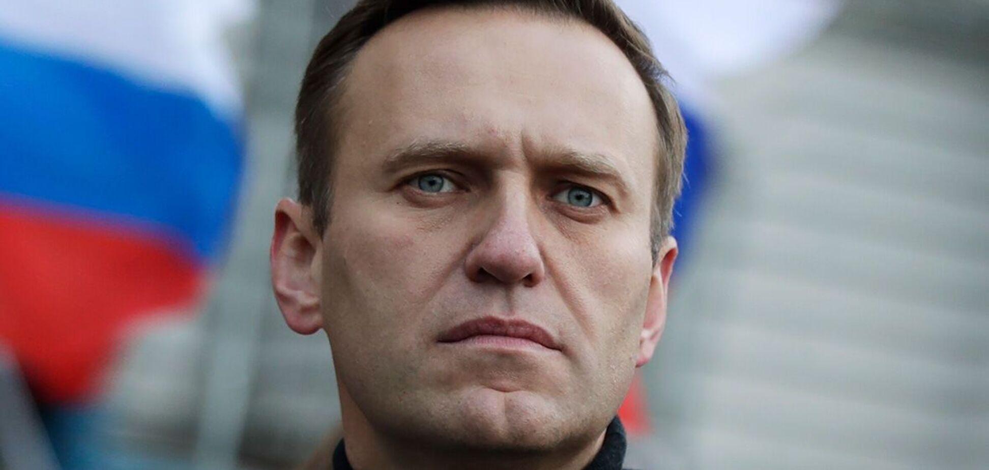 Навальний оголосив про припинення голодування