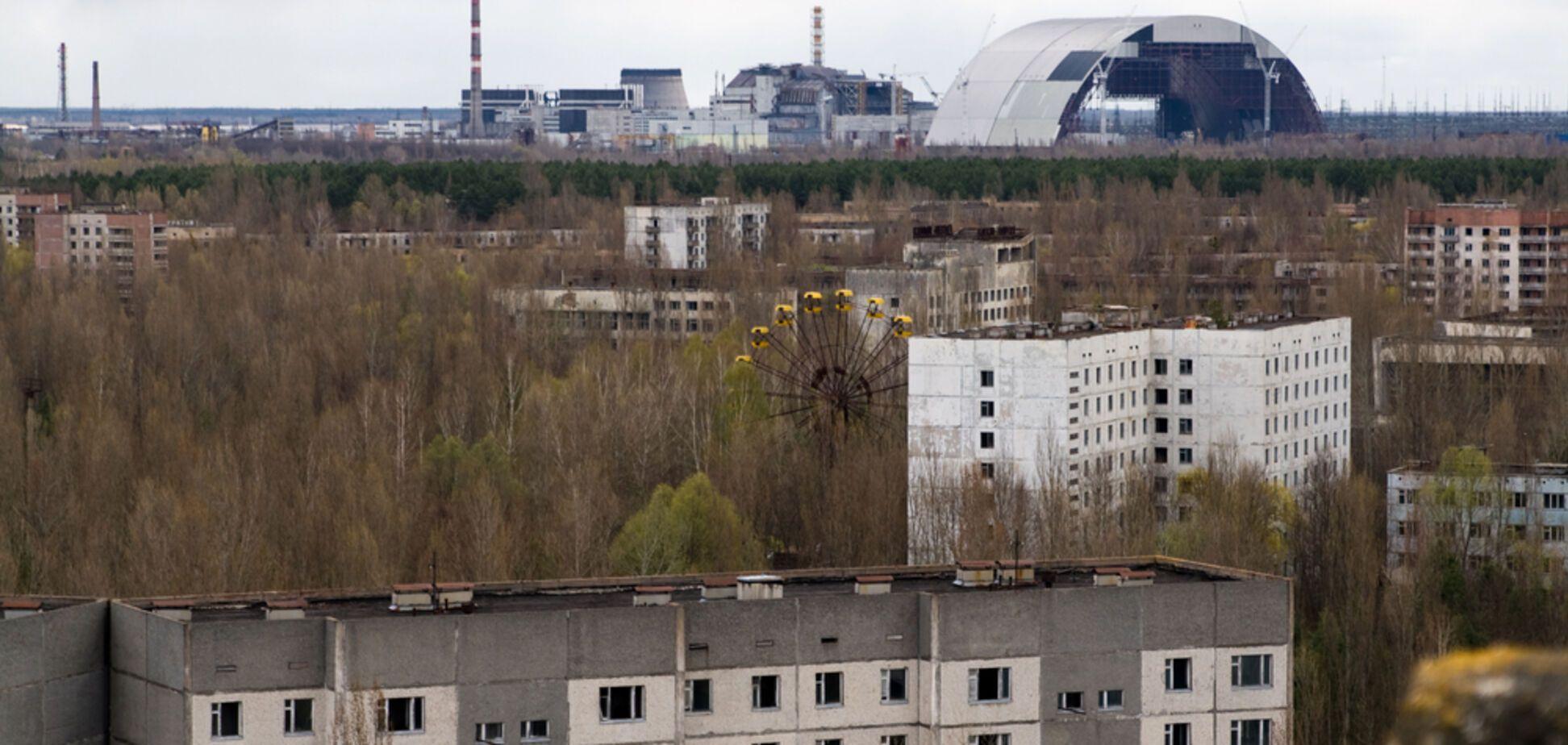 Над Чорнобильською АЕС запустили екскурсійний авіарейс