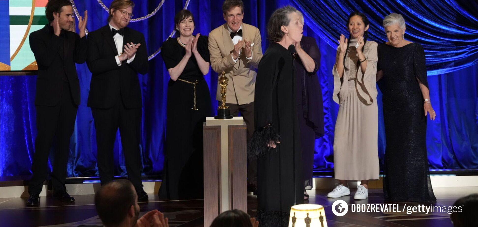 Самые неловкие моменты с церемонии вручения премии 'Оскар-2021'