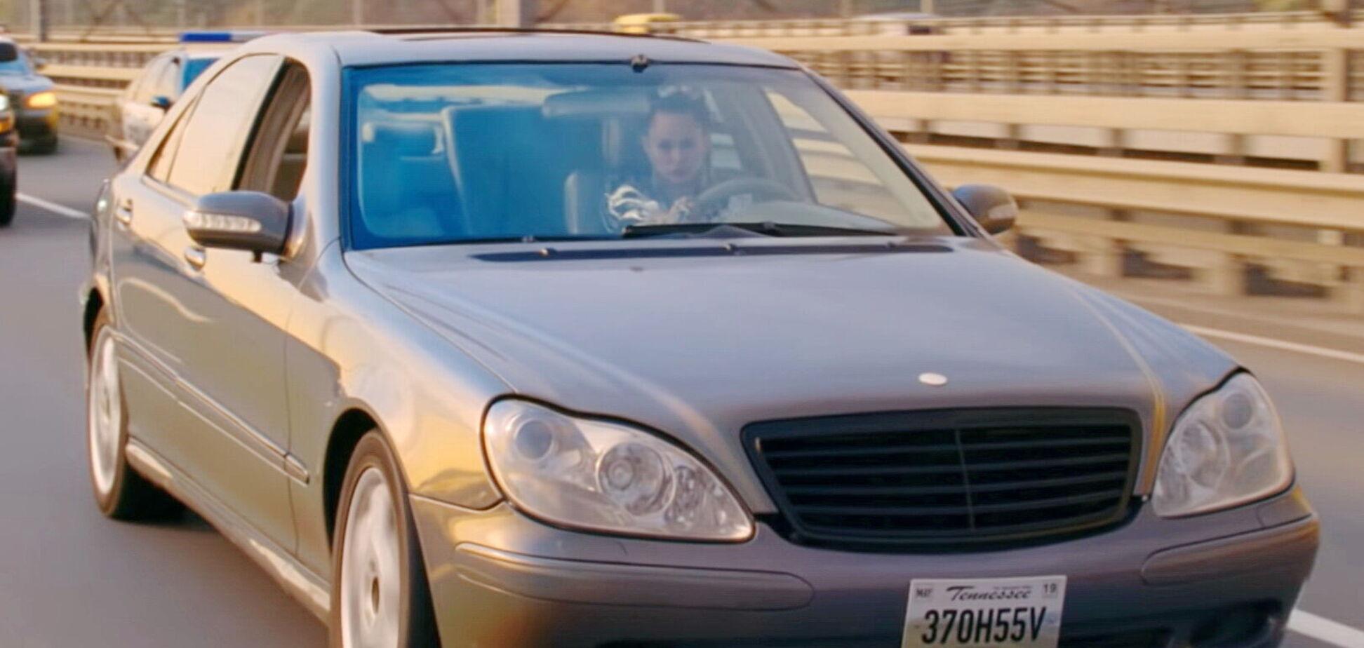 В Украине продают Mercedes-Benz Майли Сайрус