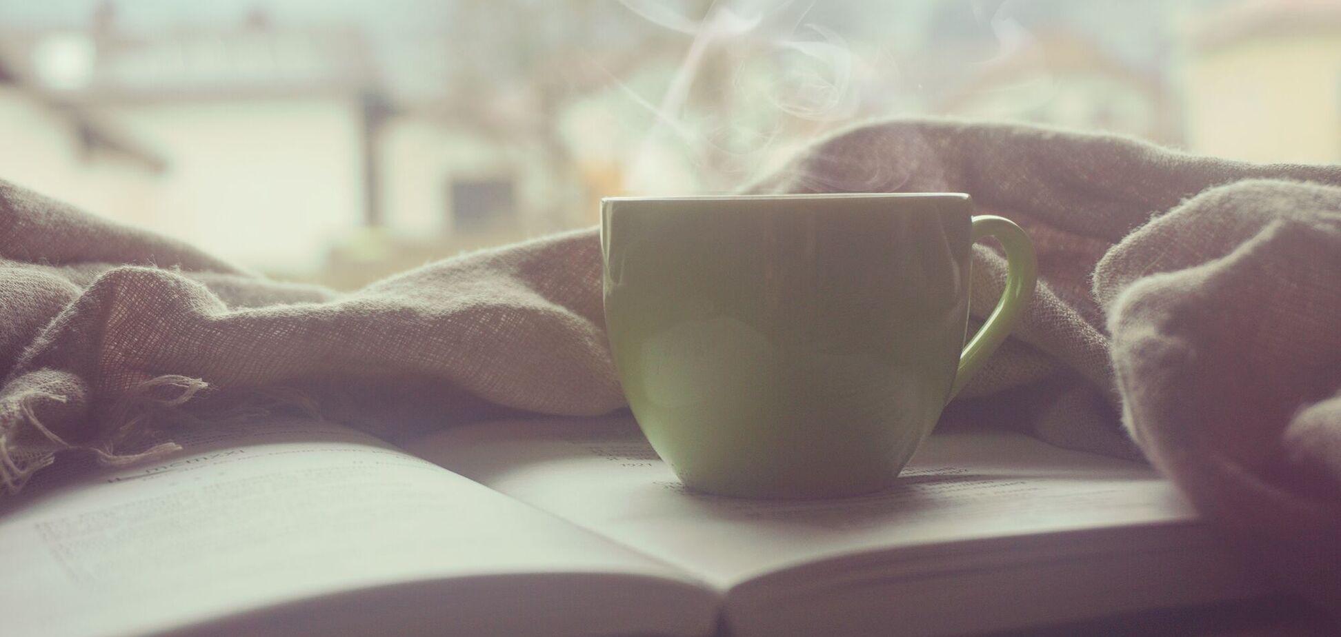 Пить кофе стоит не ранее, чем через полчаса после пробуждения
