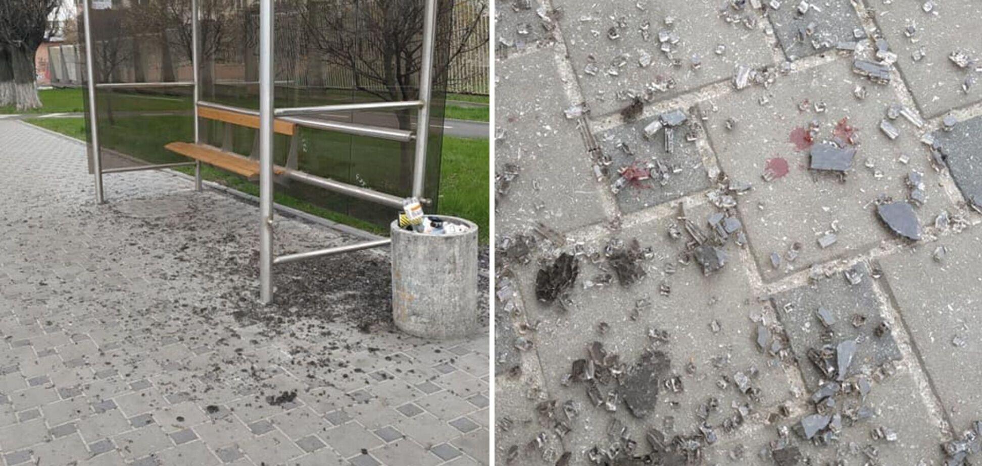 У Києві вандали розбили зупинку громадського транспорту