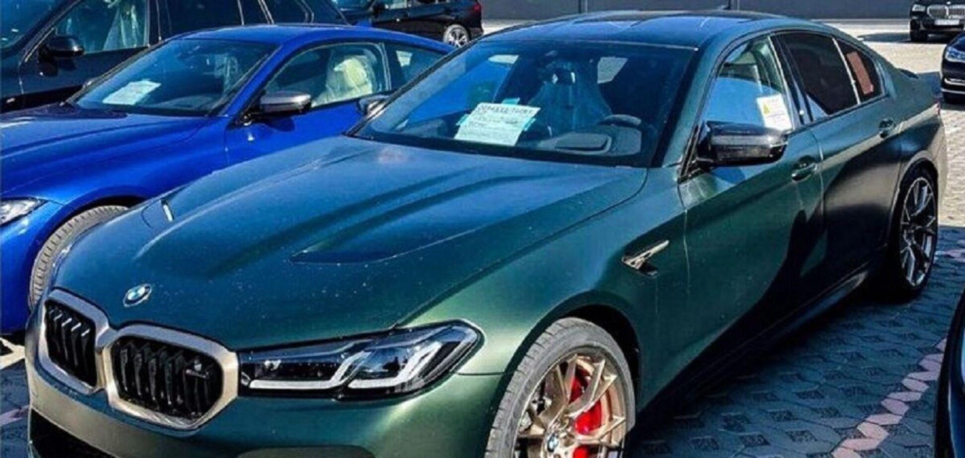В Україну привезли BMW за 6 мільйонів грн