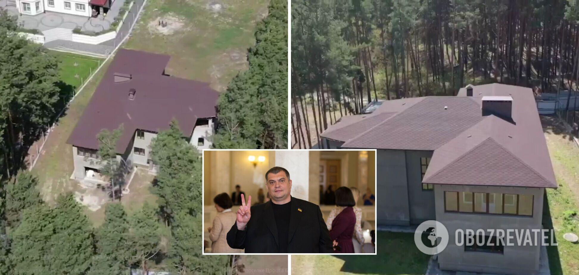 'Слуга' Корявченков начал строительство коттеджа за несколько сотен тысяч долларов. Фото и видео