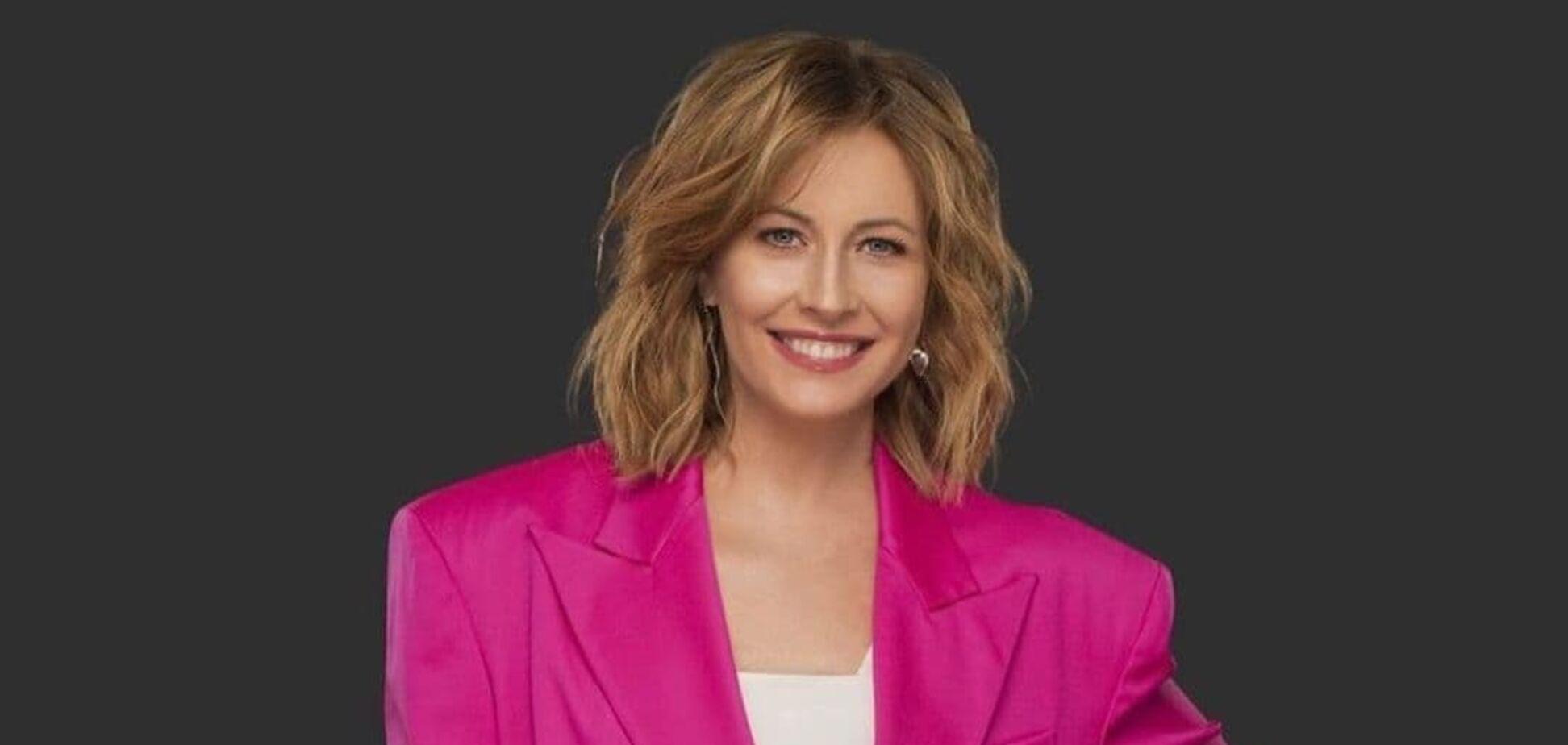 Олена Кравець похвалилася новою зачіскою