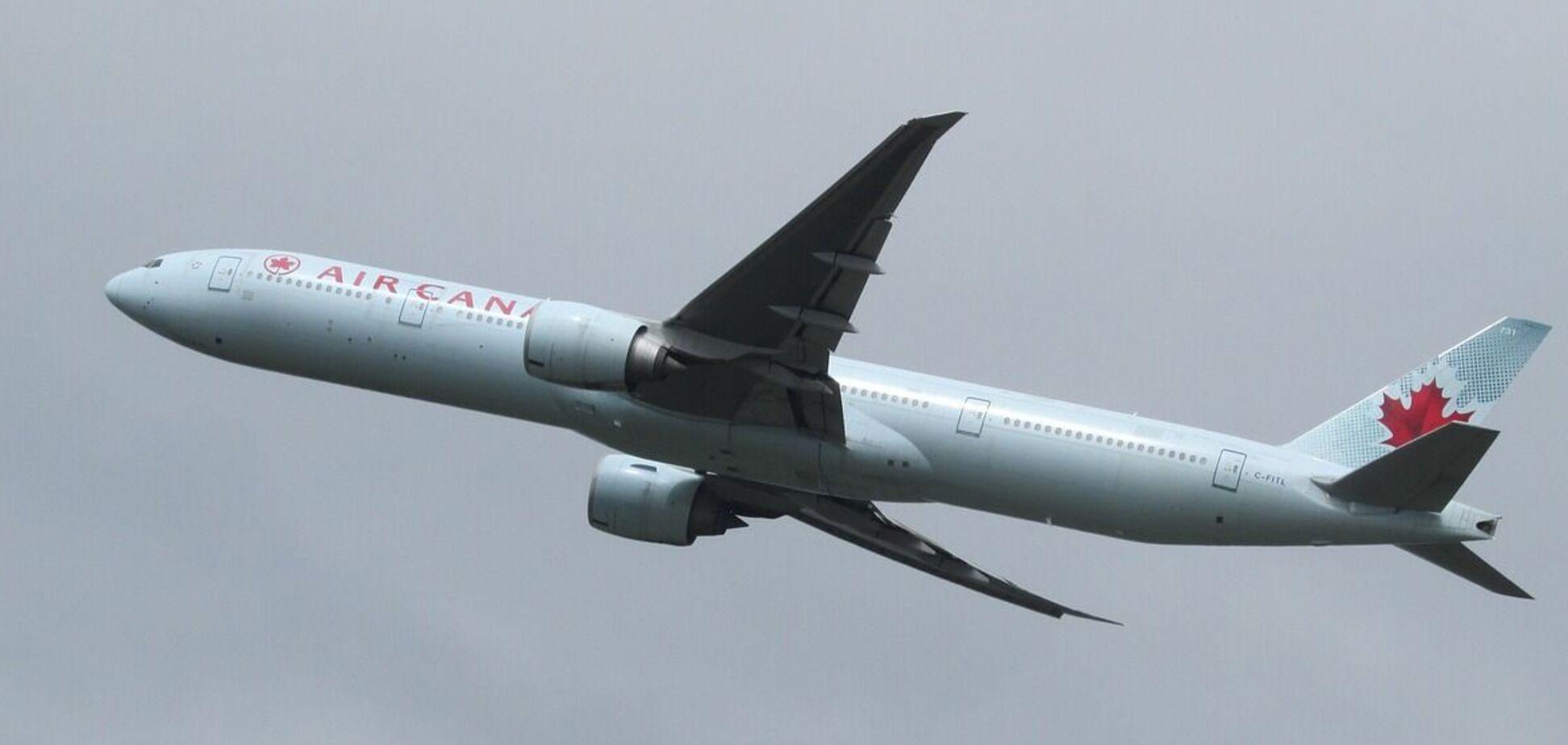Авиакомпаниям Канады посоветовали соблюдать осторожность при полетах над Украиной