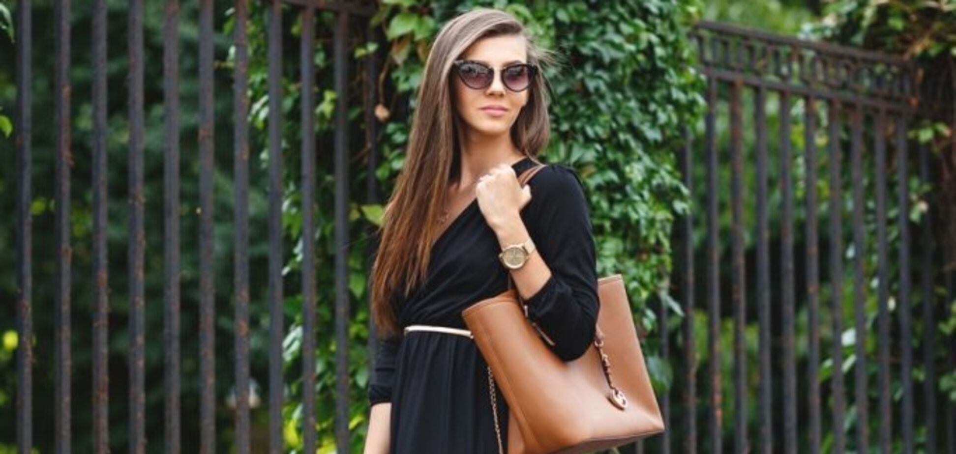 Плетене взуття стало модною тенденцією 2021: з чим носити