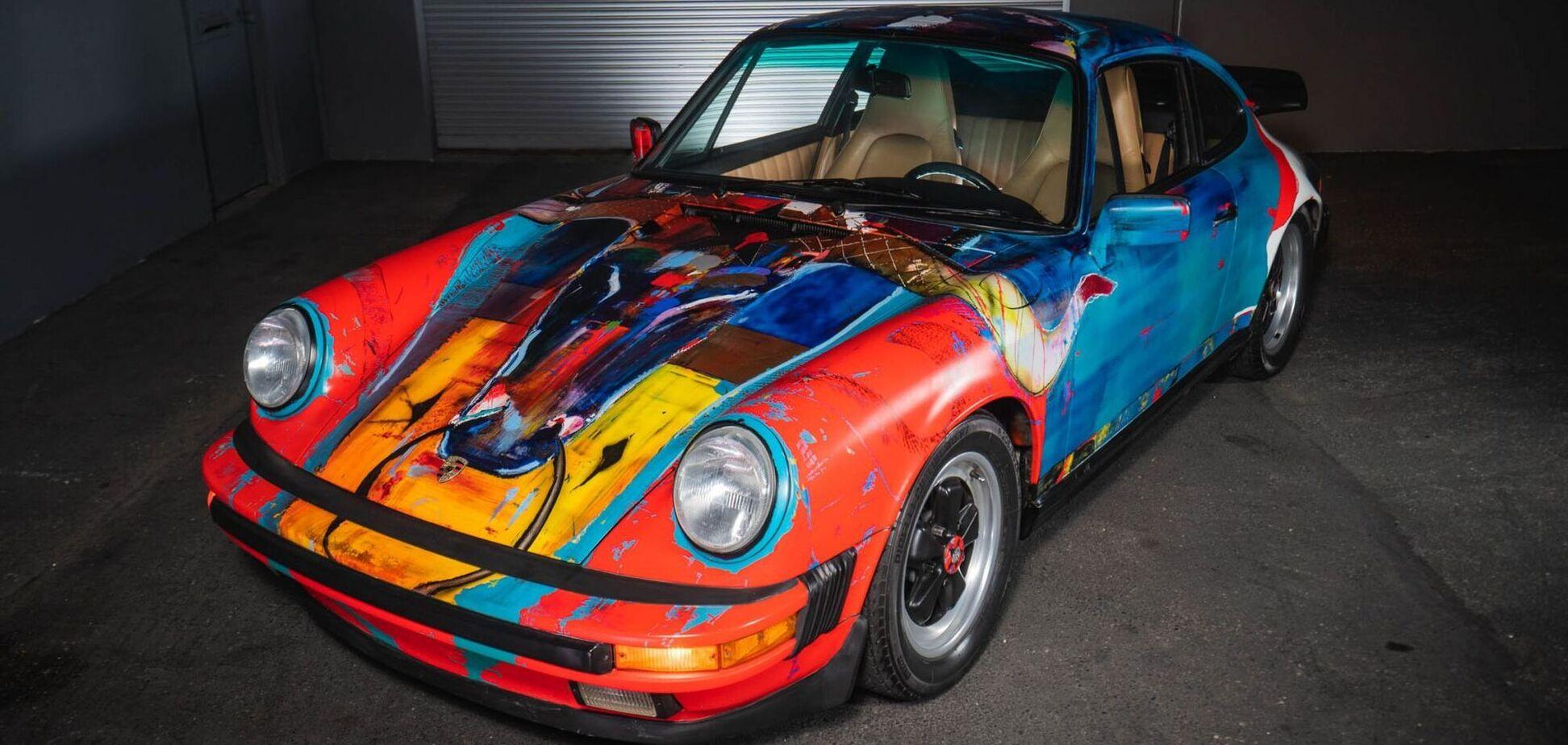 Культовый Porsche 911 превратили в арт-объект