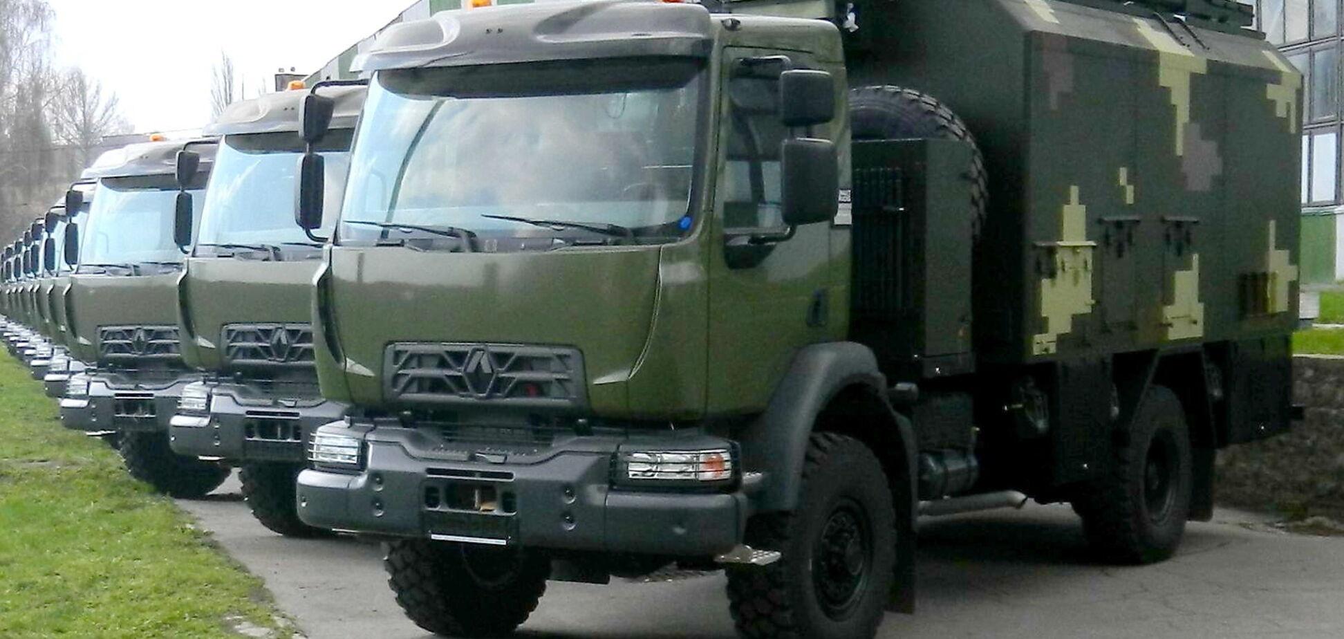 Українські військові зв'язківці отримають на озброєння вантажівки Renault