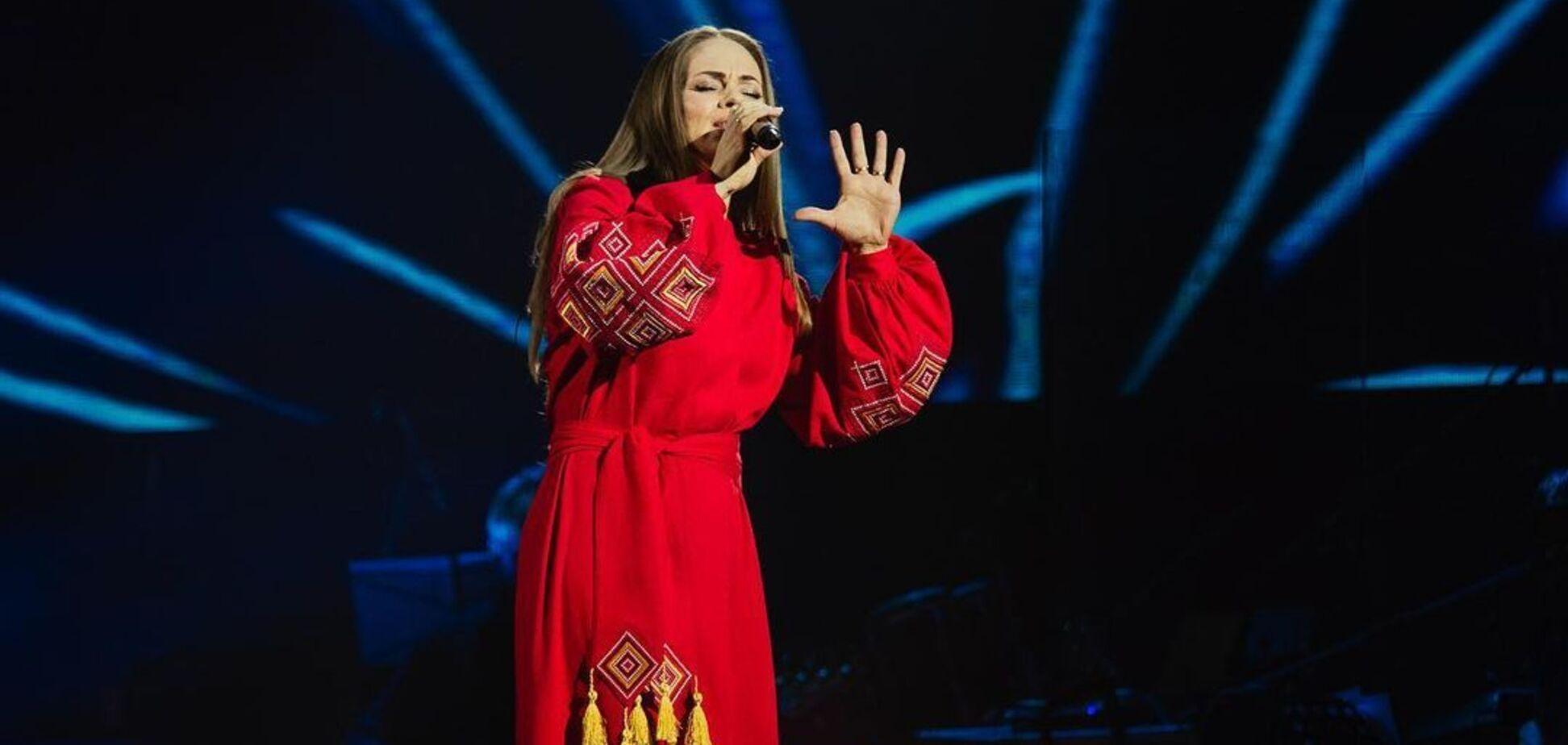 Винник вместе с участницей 'Голосу країни-11' спел свою легендарную песню. Видео