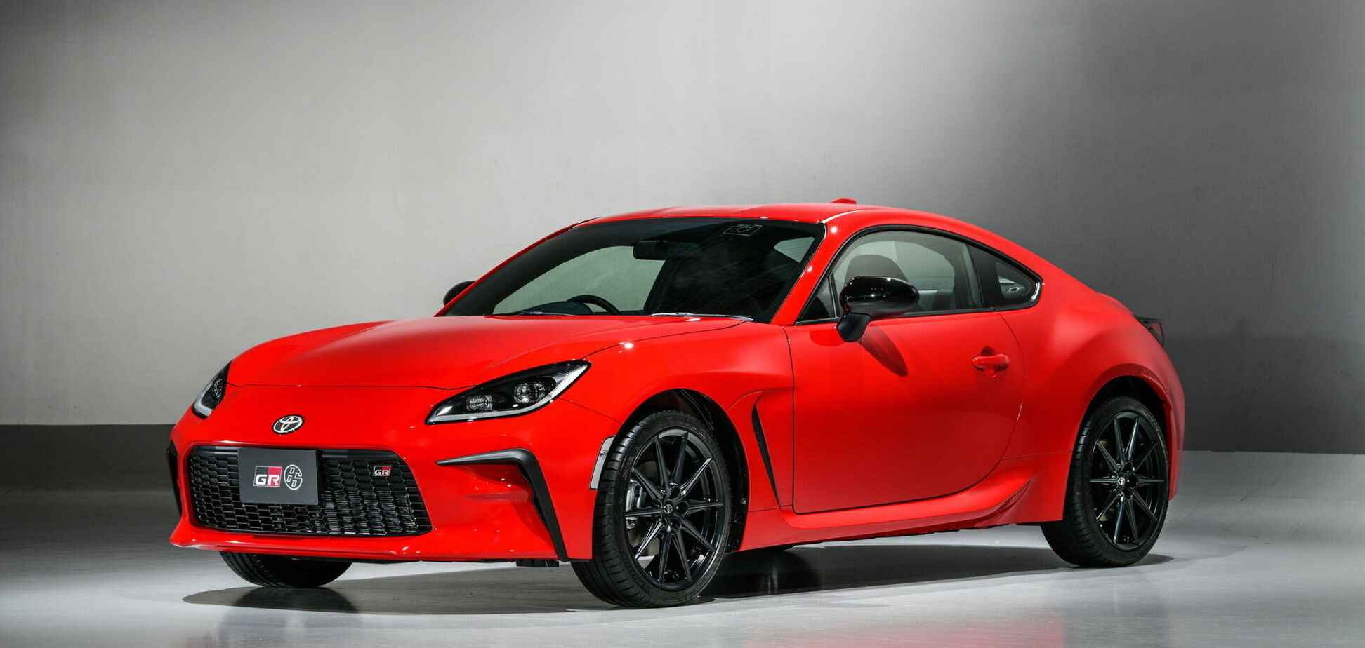 Toyota показала обновленное спорткупе GR 86