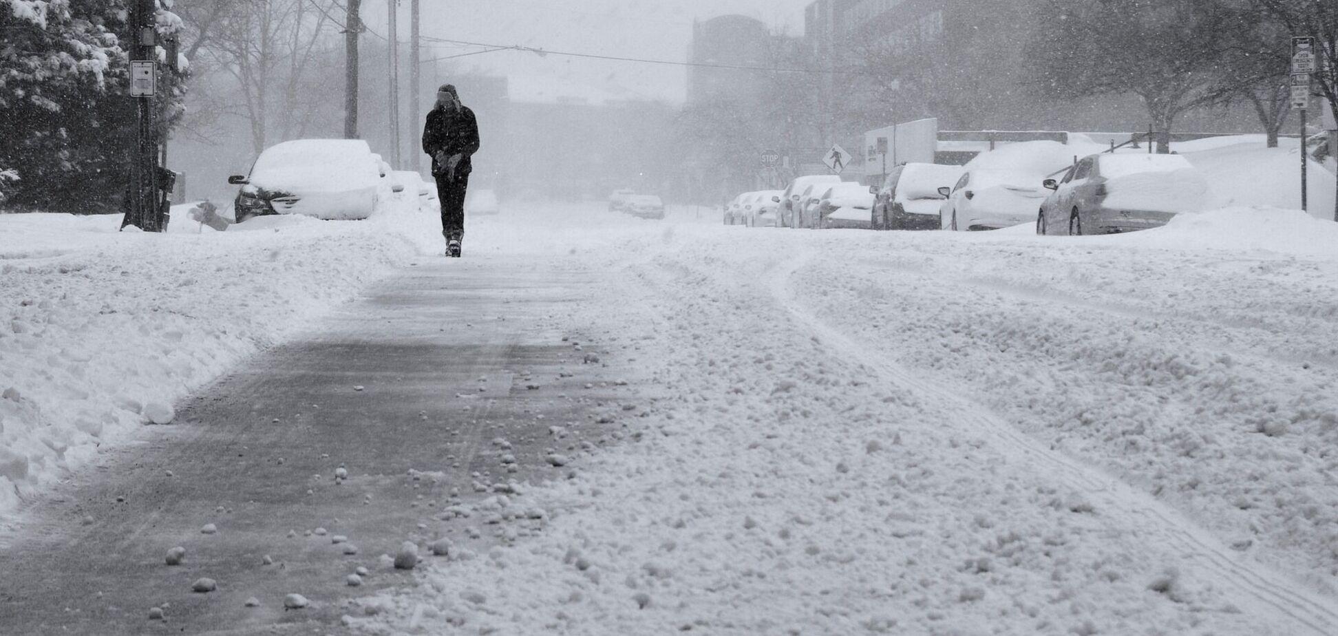 До України увірвуться сніг і сильний вітер: з'явився новий прогноз погоди на вівторок. Карта
