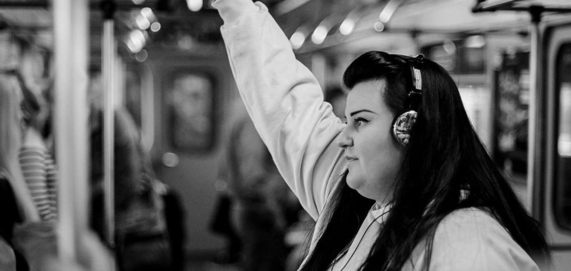 Alyona Alyona призналась, за сколько пишет песни для звезд