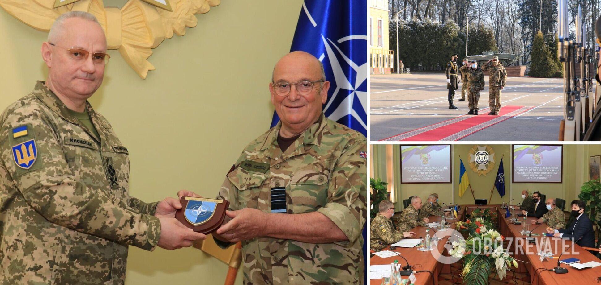 Хомчак встретился с главой военного комитета НАТО
