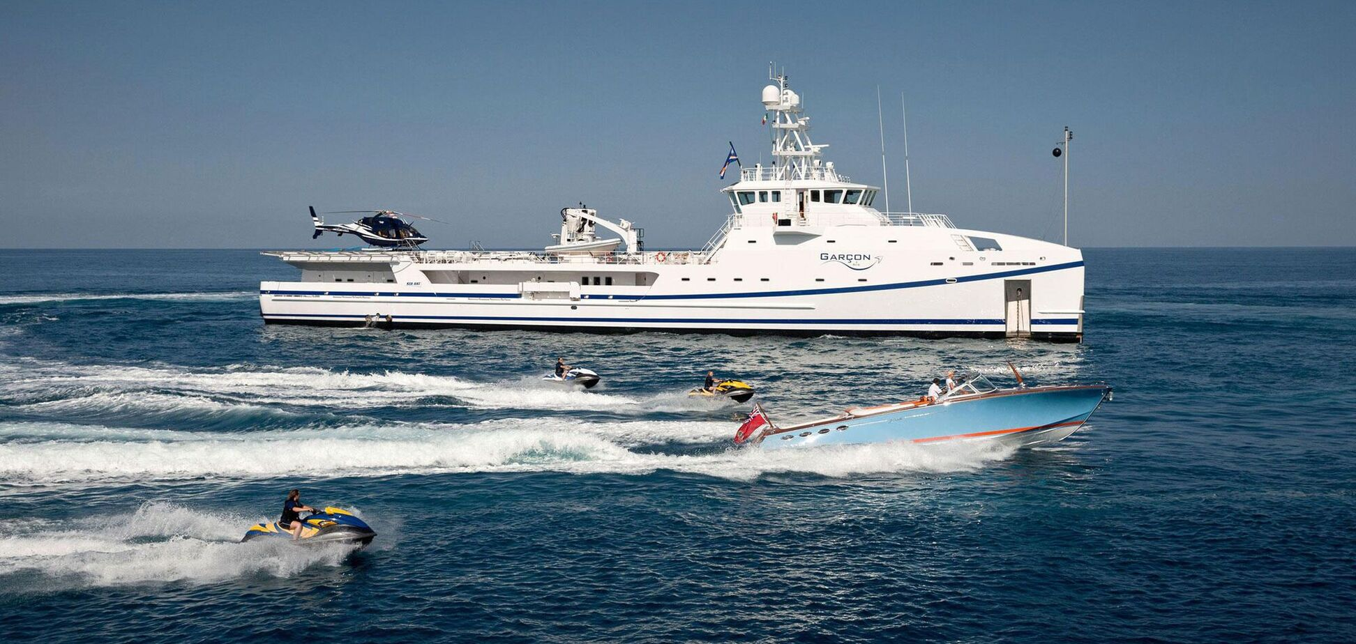 Косюк продает яхты после того, как выбыл из списка богатейших людей мира – Forbes