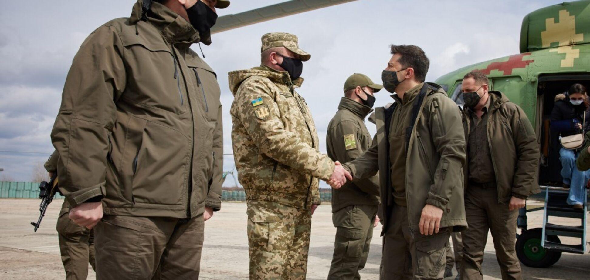 Президент України Володимир Зеленський вирушив на Донбас