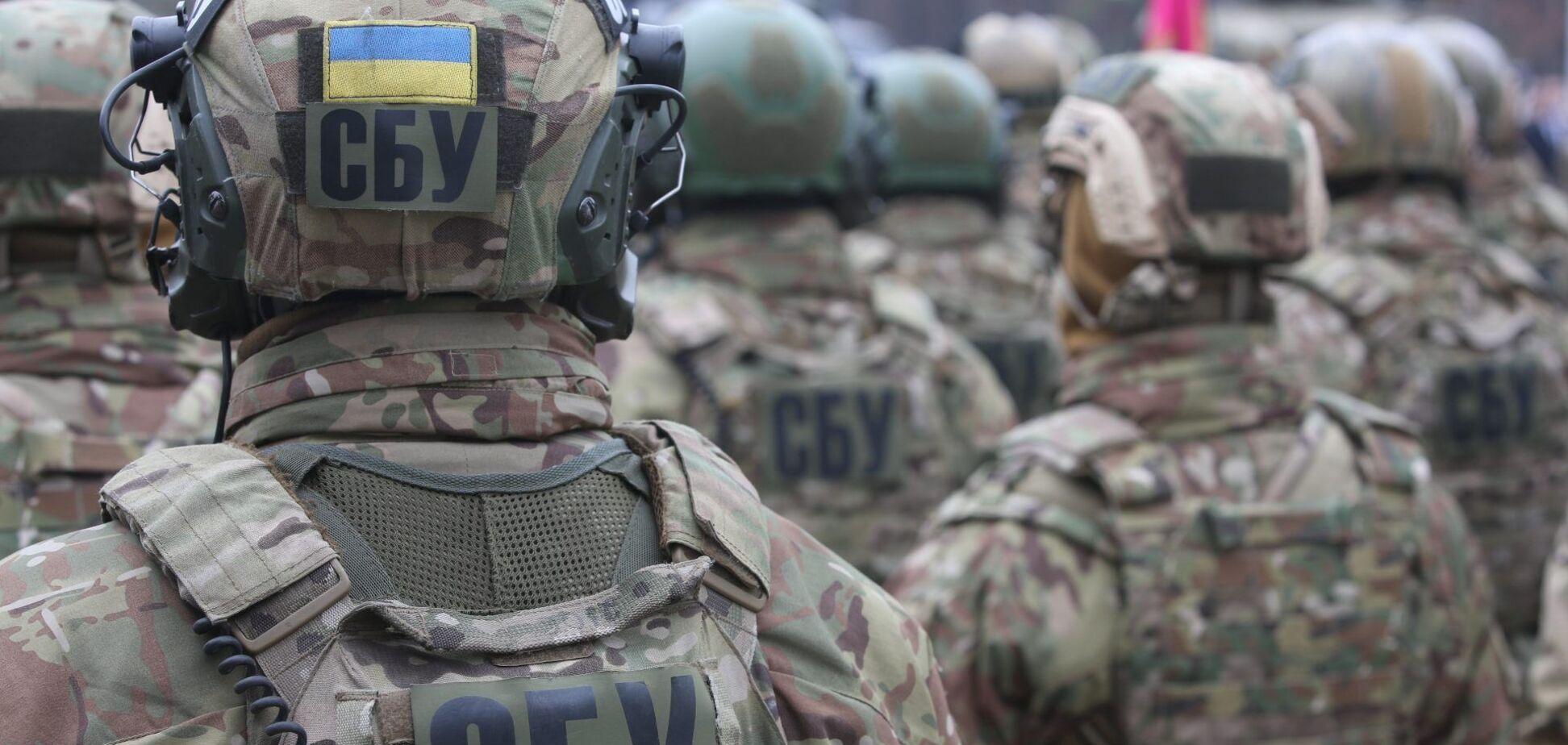 СБУ разоблачила преступников, которые хотели продать нелегальное оружие криминалитету