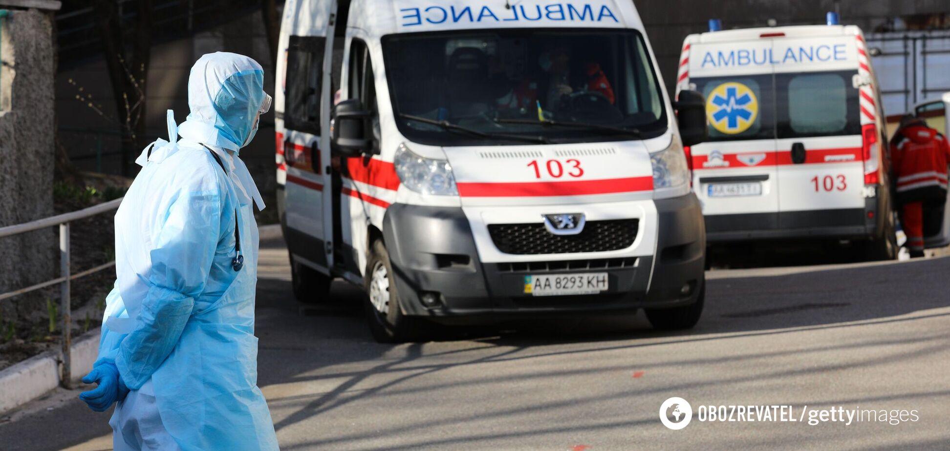 В Украине от COVID-19 за сутки умерло почти 120 человек