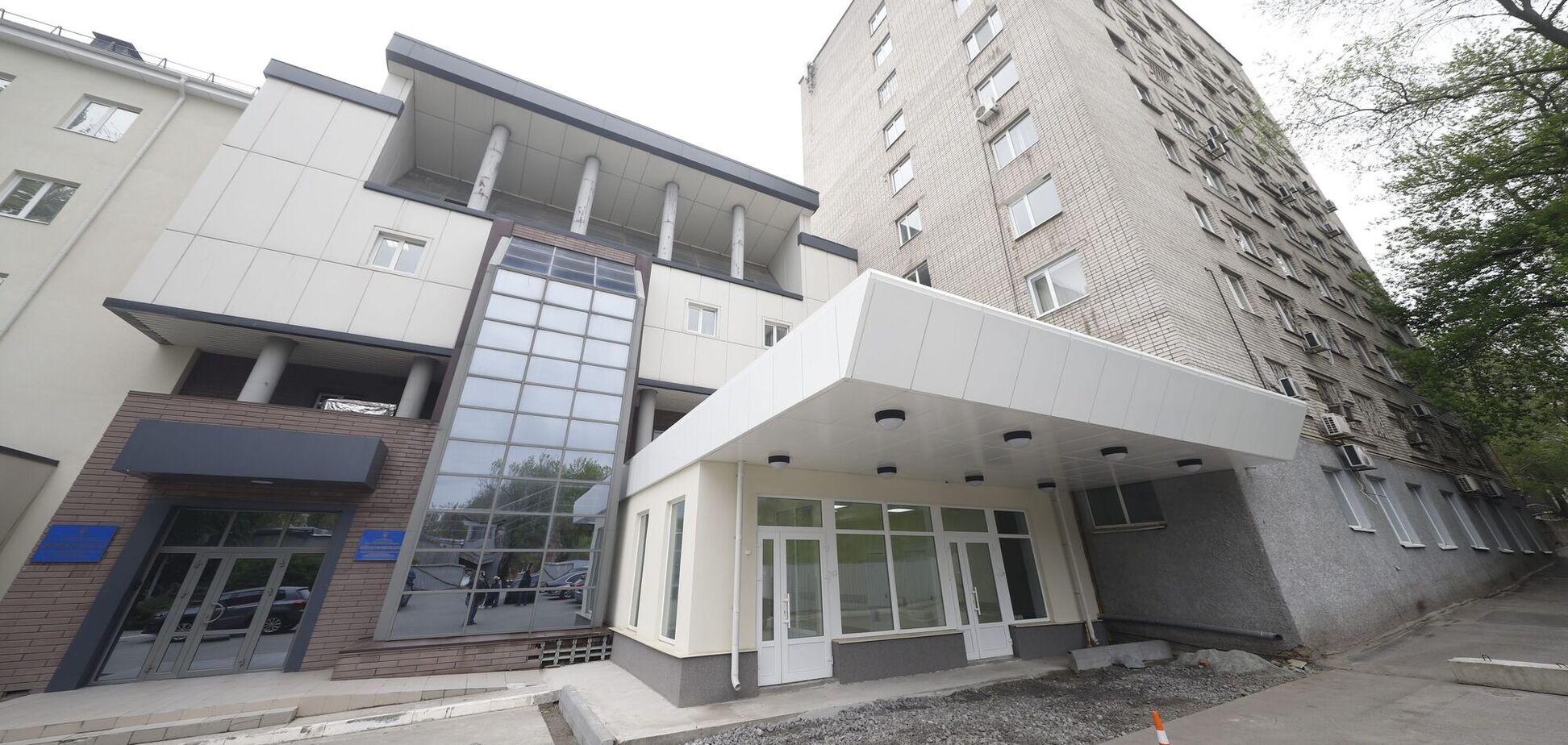 В больнице скорой медицинской помощи в Днепре заканчивается реконструкция приемного отделения