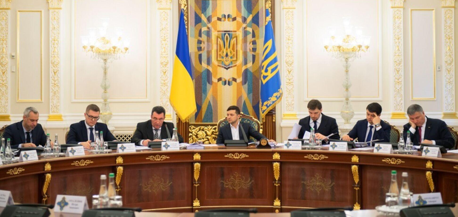 Зеленський продемонстрував готовність протистояти олігархам і російським 'агентам впливу'