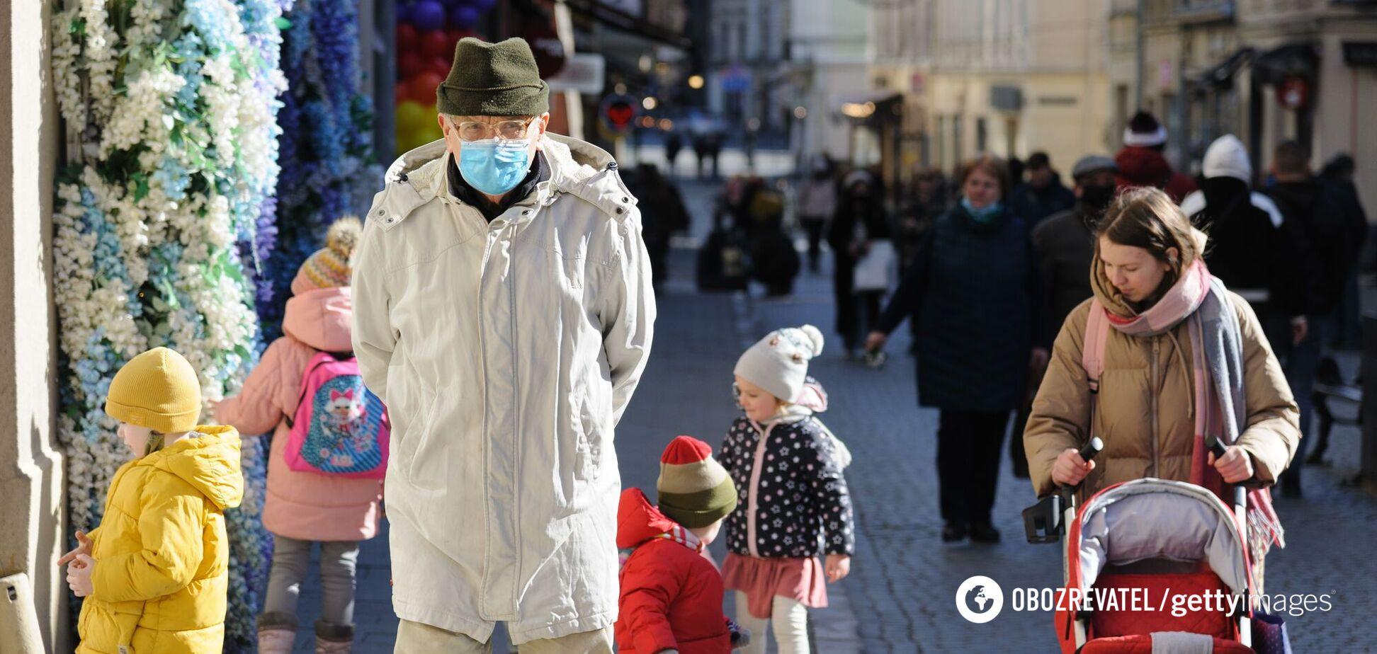 Дві області в Україні опинилися на межі через госпіталізацію COVID-хворих