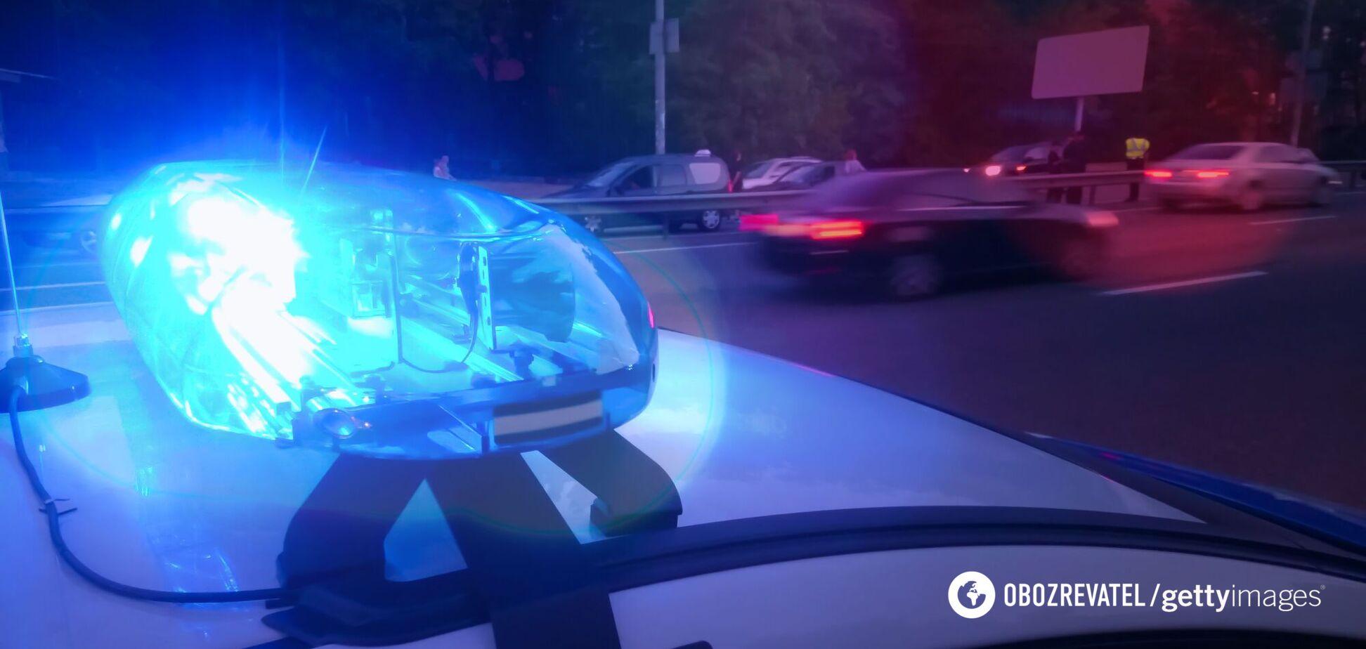 Причини смерті жінки встановить поліція