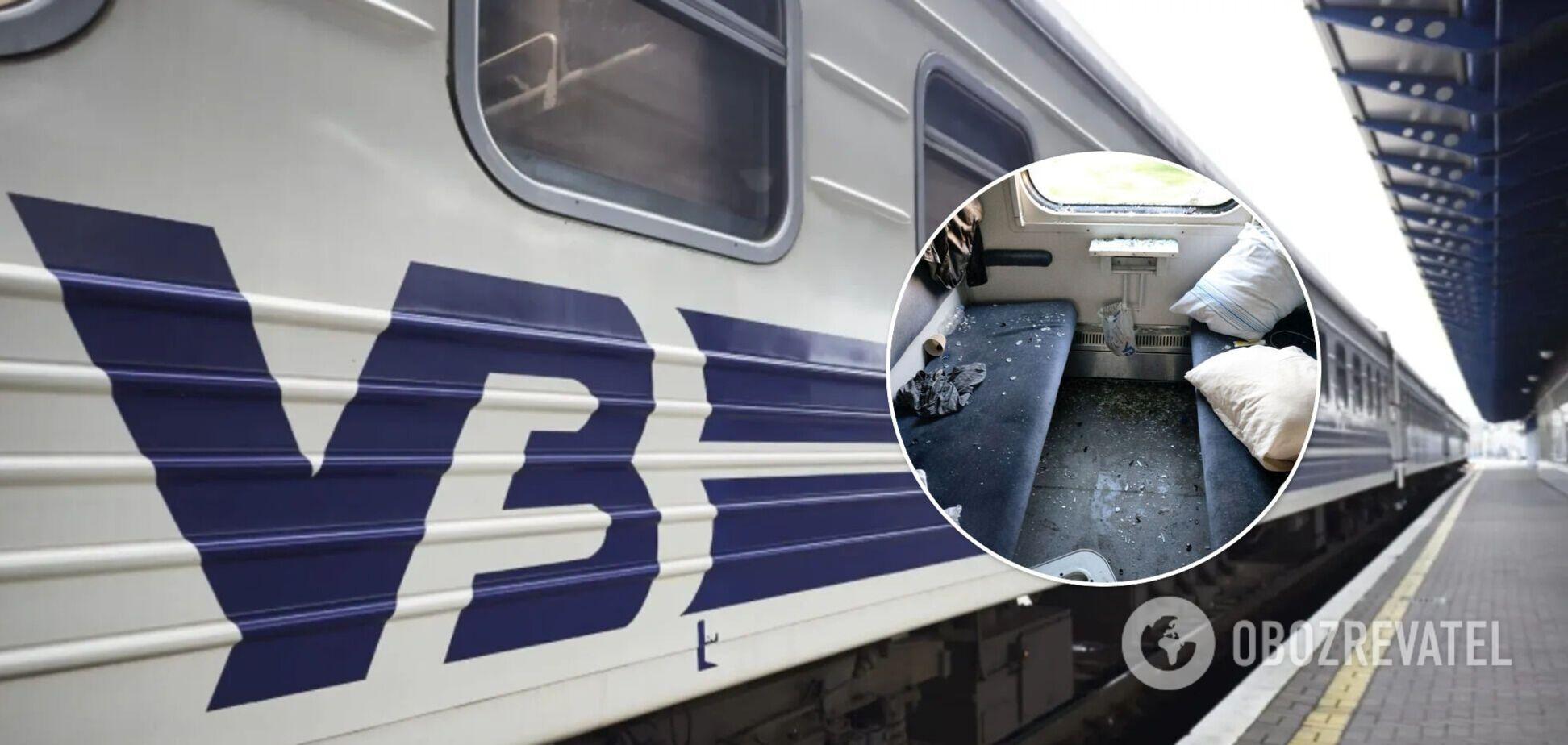 Пассажир устроил погром в купе поезда: в УЗ показали фото последствий
