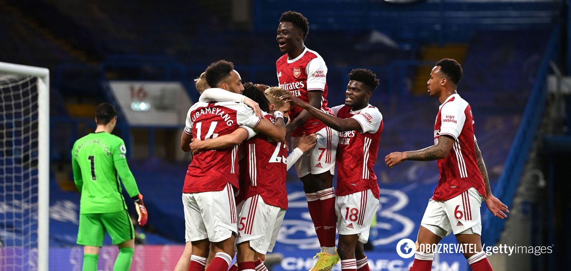 Гравці 'Арсеналу' святкують гол у ворота 'Челсі'