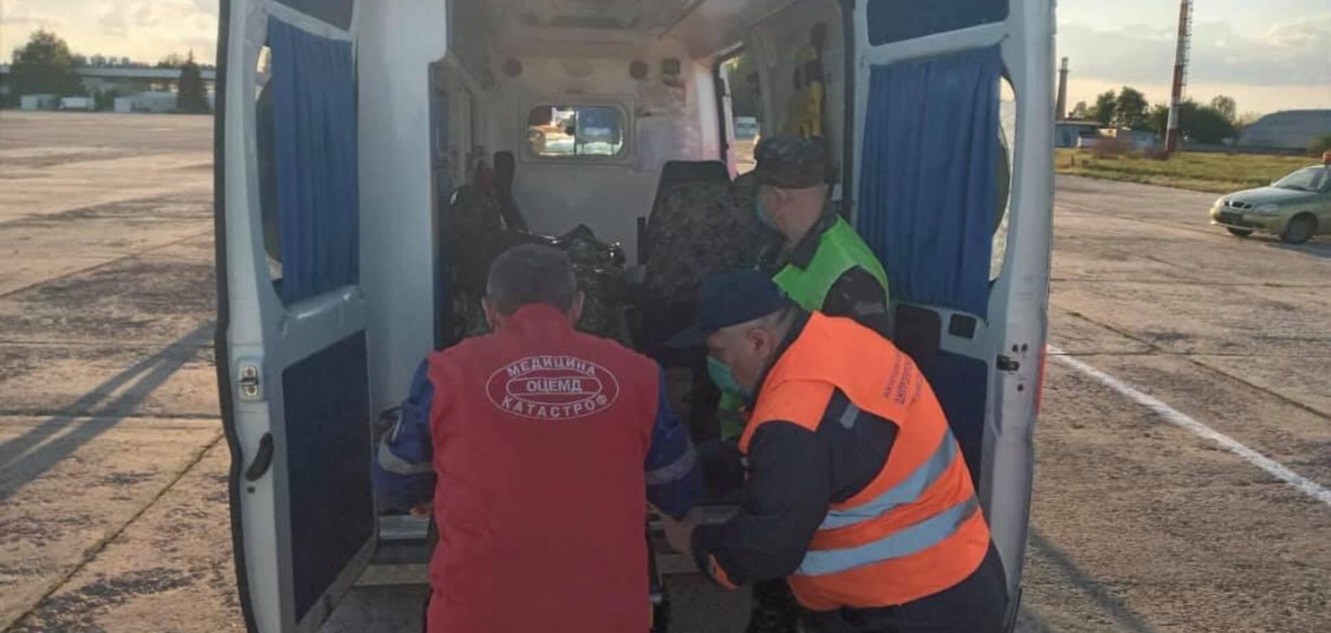 Бойца доставили в больницу Мечникова