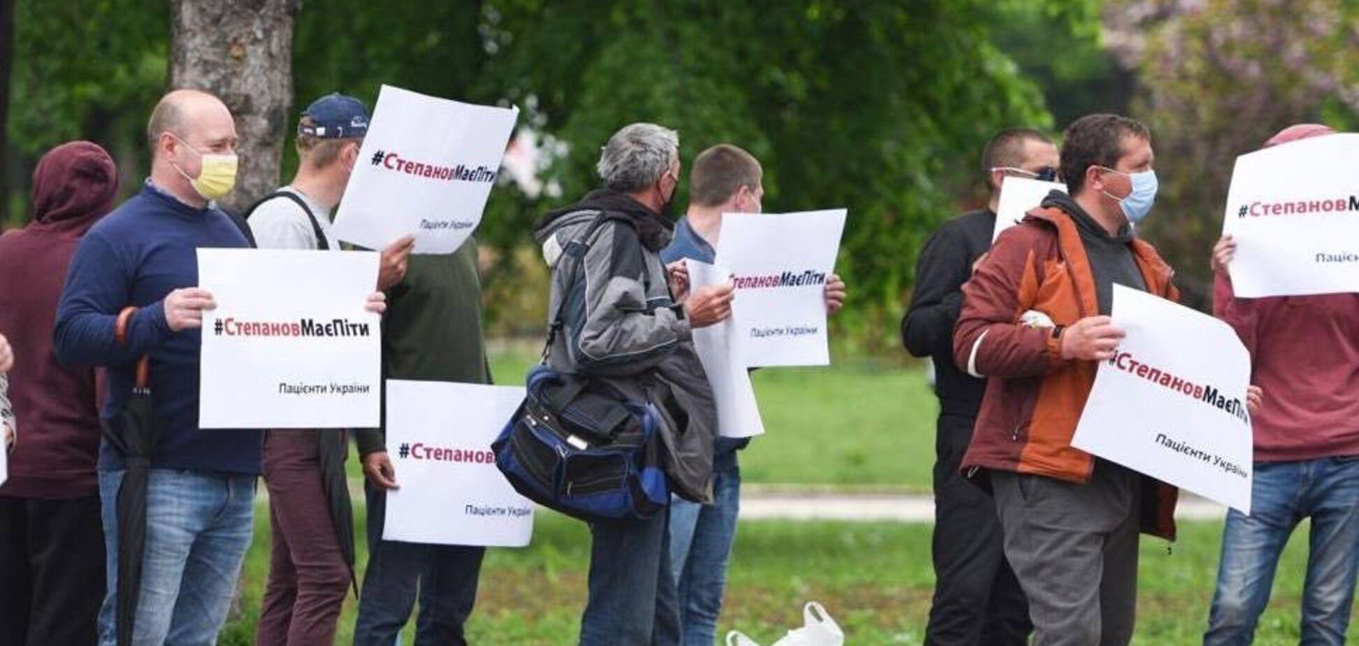 На мітинг за відставку Степанова прийшли бепритульні