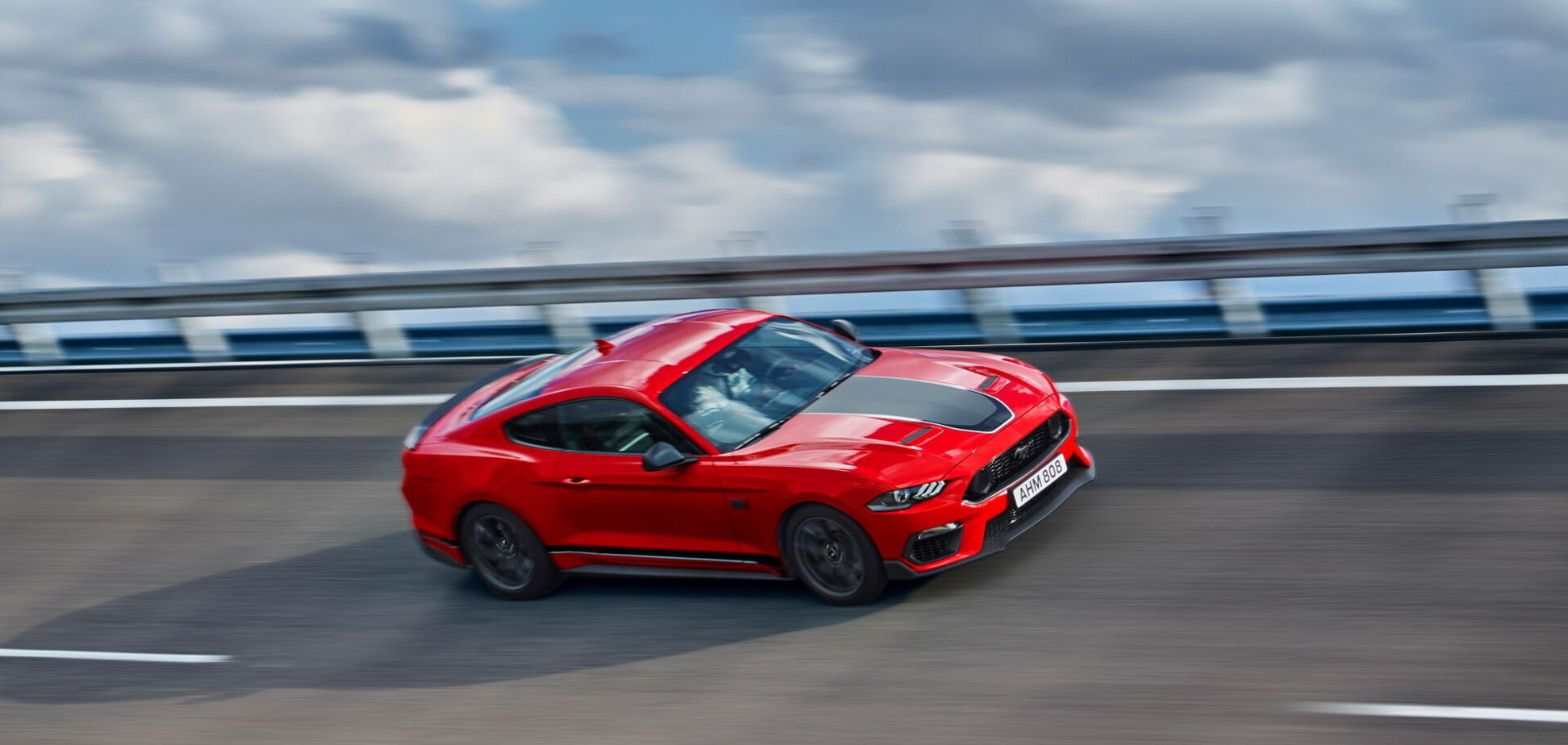 В Европе стартовали продажи самого мощного Ford Mustang