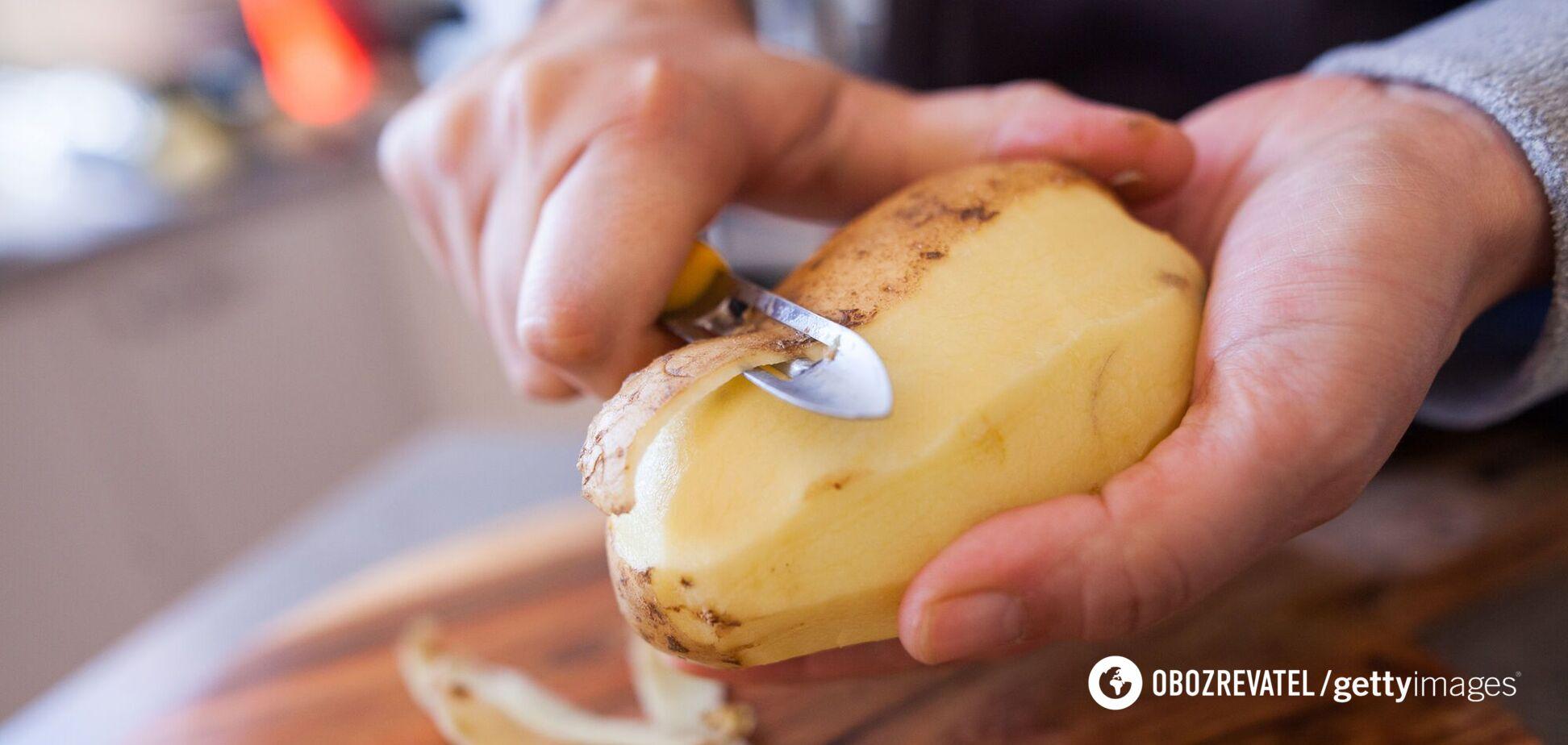Як швидко очистити молоду картоплю