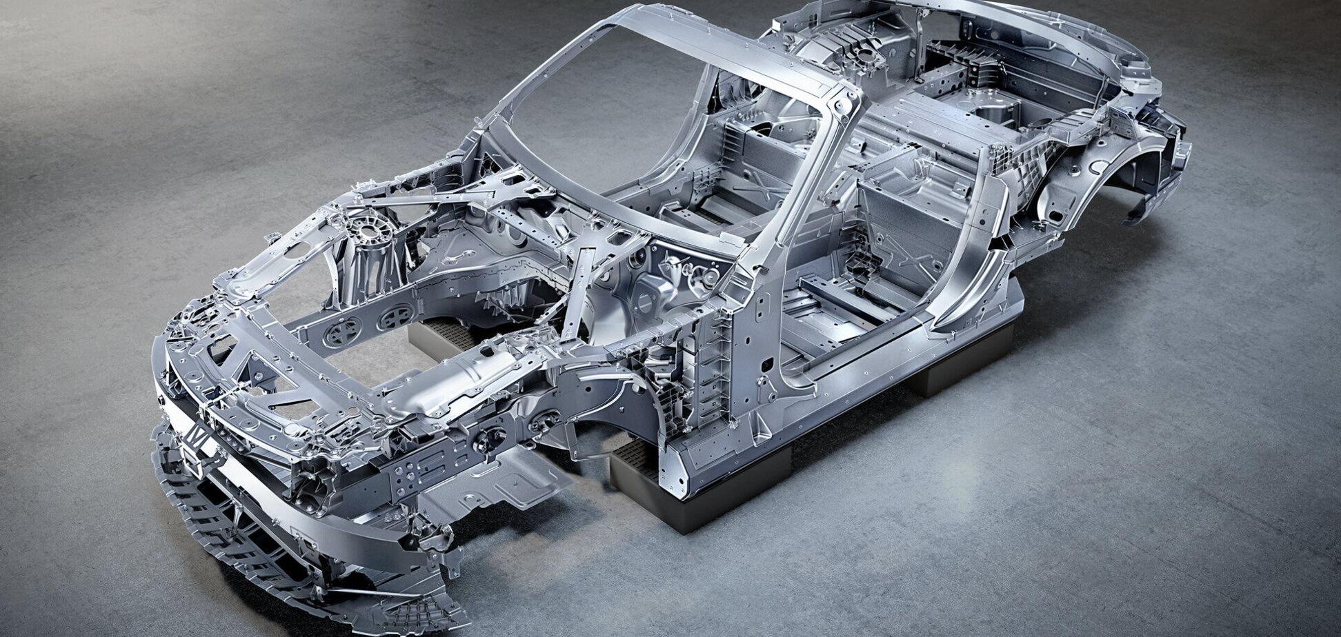 Mercedes-AMG SL получит кузов из алюминия
