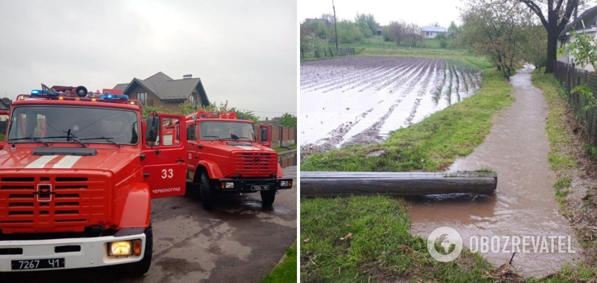 На Львовщине затопило город: под водой оказались дома и улицы. Видео