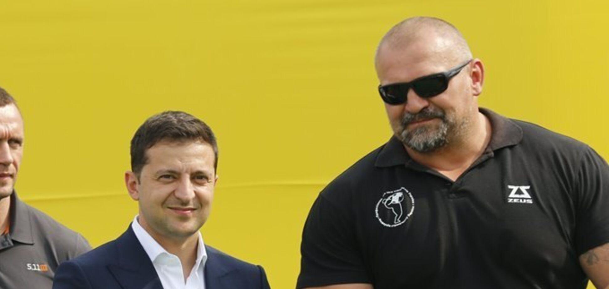 Зеленський назвав перемогу Вірастюка законною та розповів про озброєних людей на окрузі