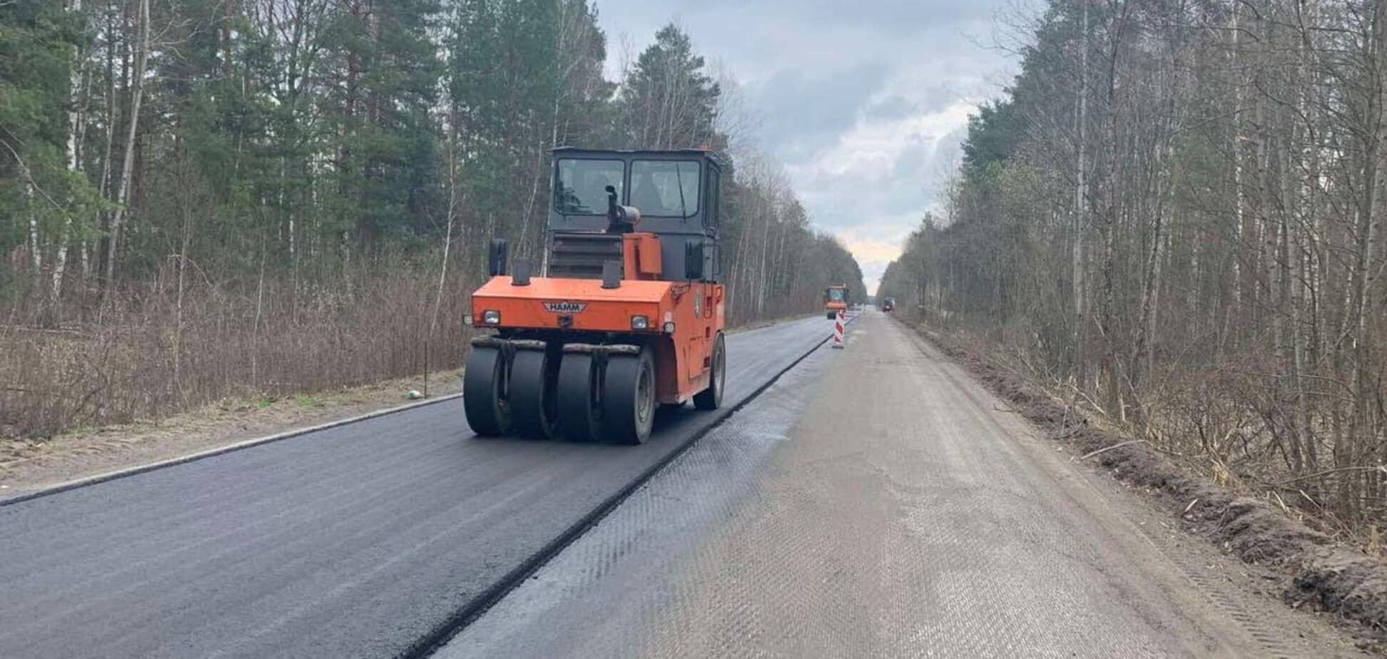 На Київщині завершилося 'Велике будівництво' дороги до Чорнобиля