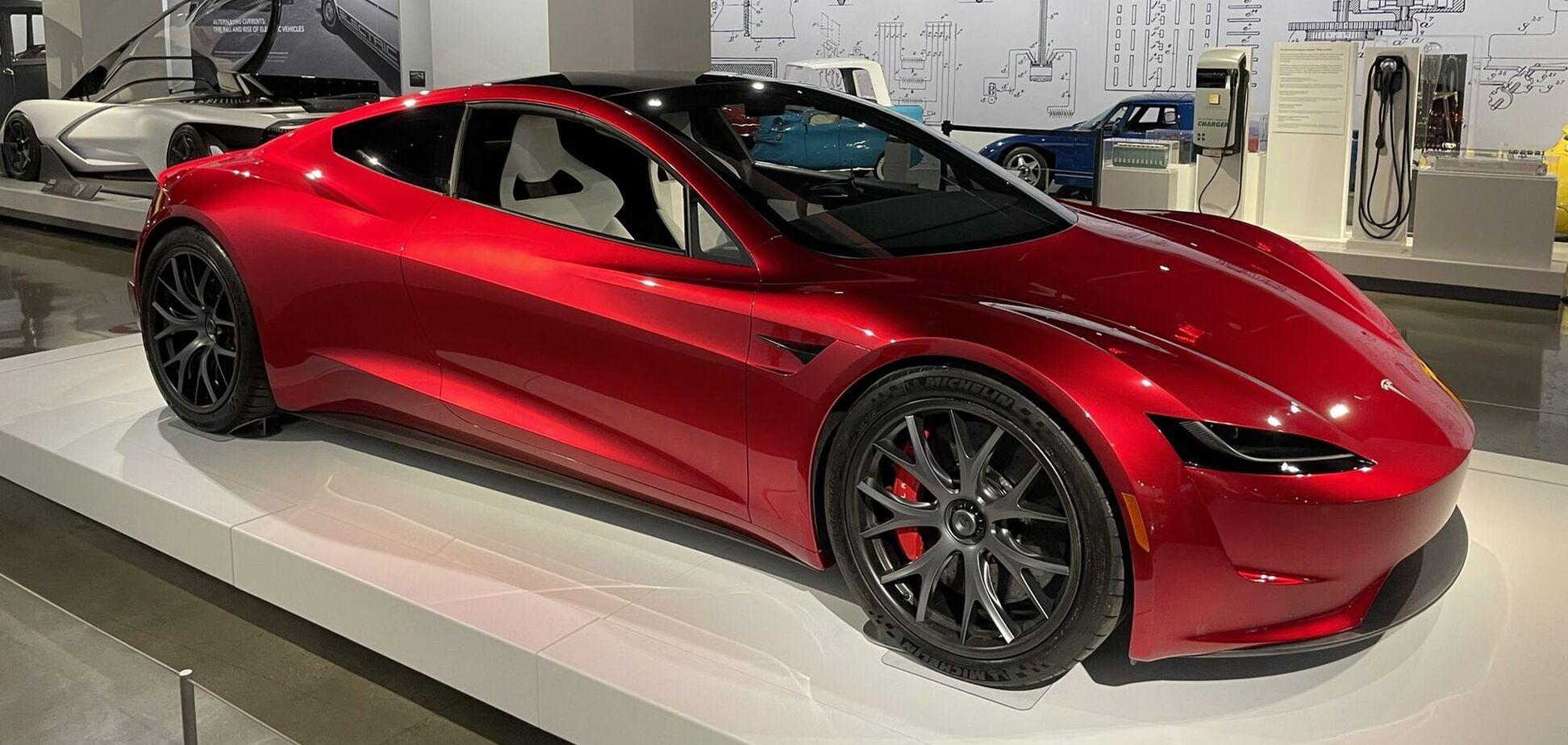 Разгон 0-96 км/ч у Tesla Roadster SpaceX займет 1,1 секунды